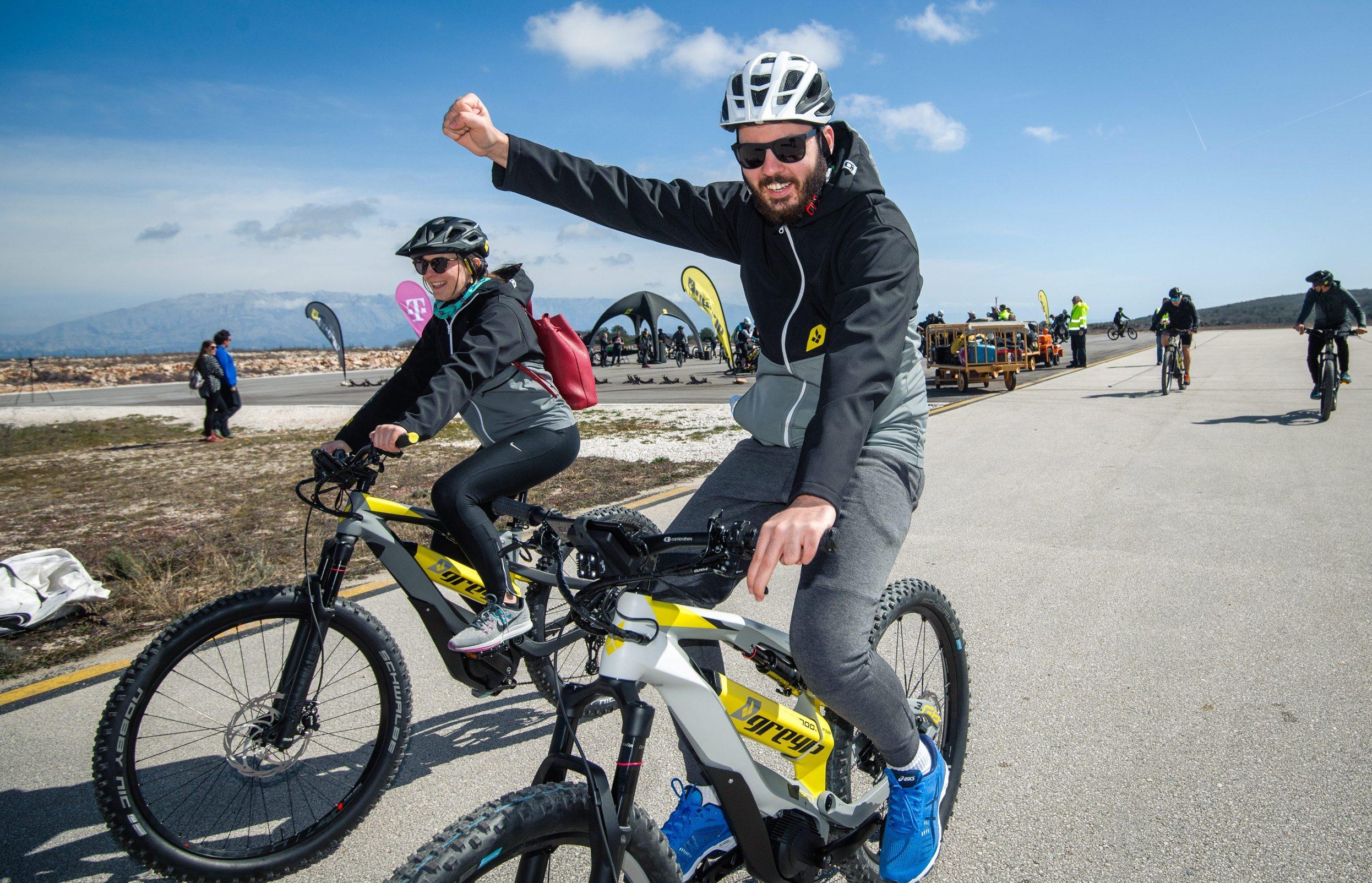 Mate Rimac na Greyp električnom biciklu