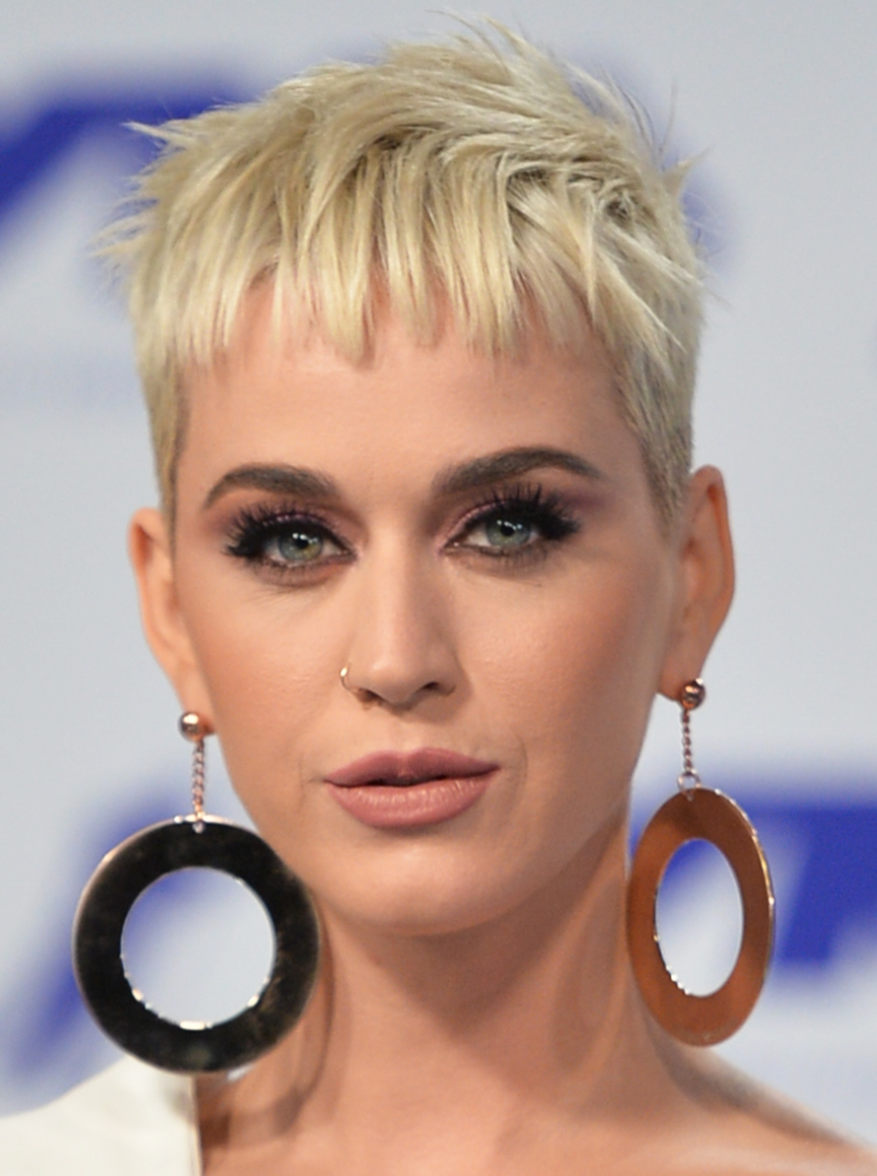 INGLEWOOD, CA - AUGUST 27:  Katy Perry attends the 2017 MTV Video Music Awards at The Forum on August 27, 2017 in Inglewood, California.  (Photo by Alberto E. Rodriguez/Getty Images)