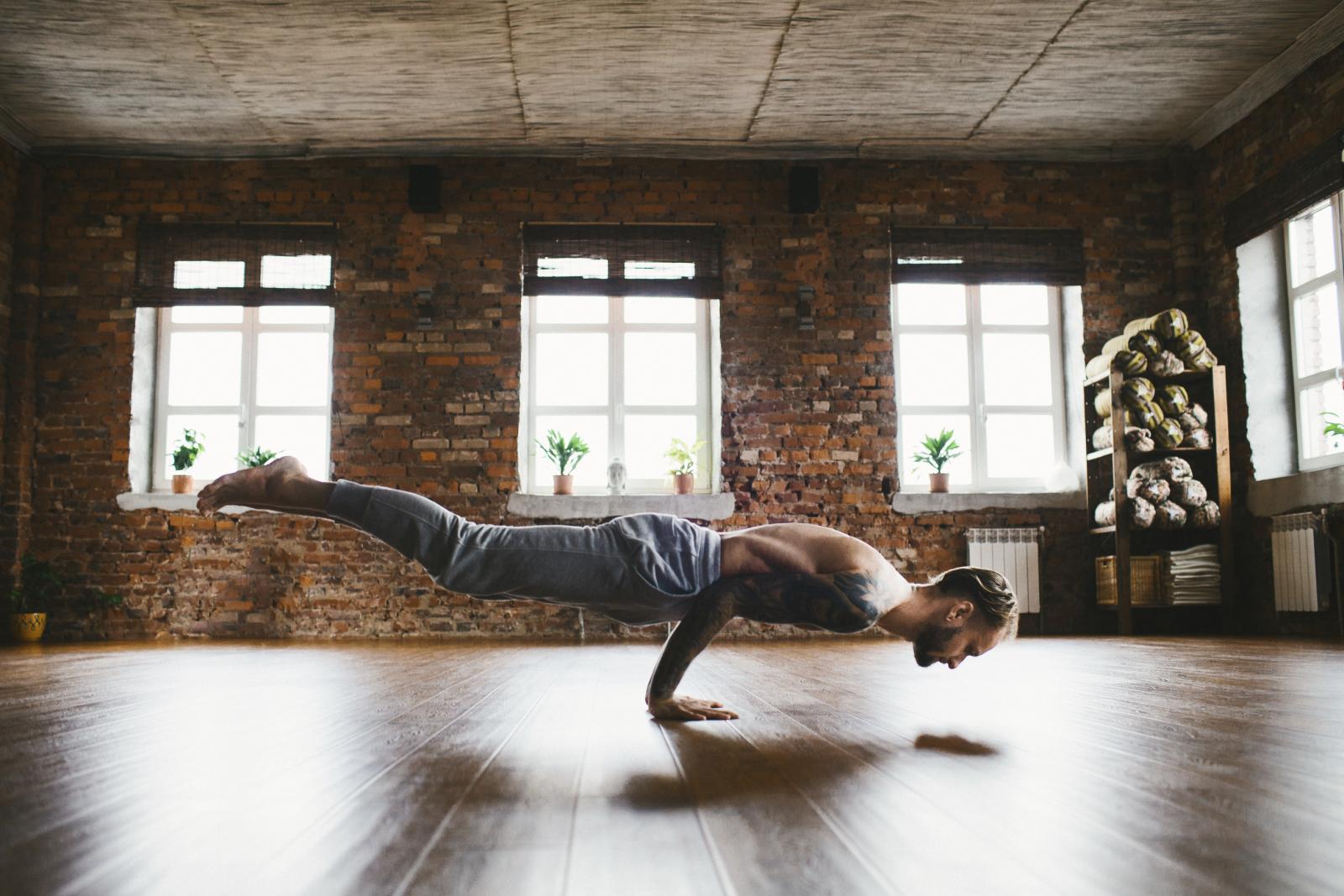 Bez obzira kojim se sportom bavili - jogom, fitnessom, rukometom ili možda rolanjem - moguća je upala mišića. Najbolji lijek za to su oblozi od octa.