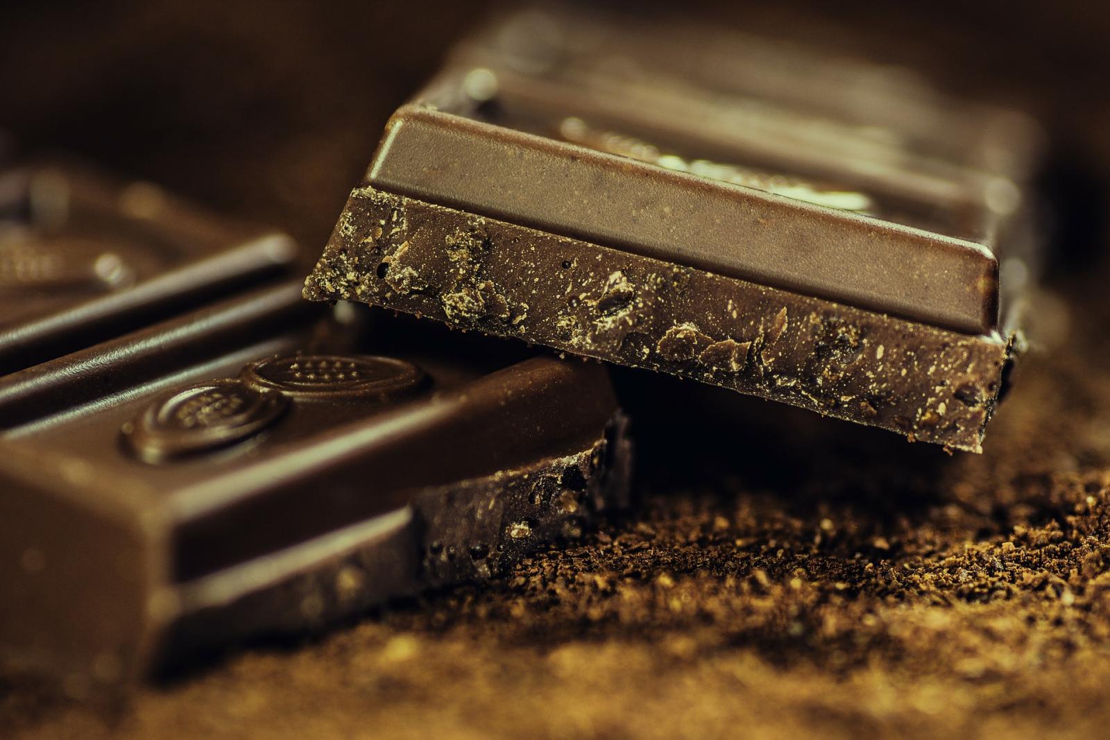 Iako vam je možda mliječna čokolada ukusnija, tamna je kudikamo preporučljivija!