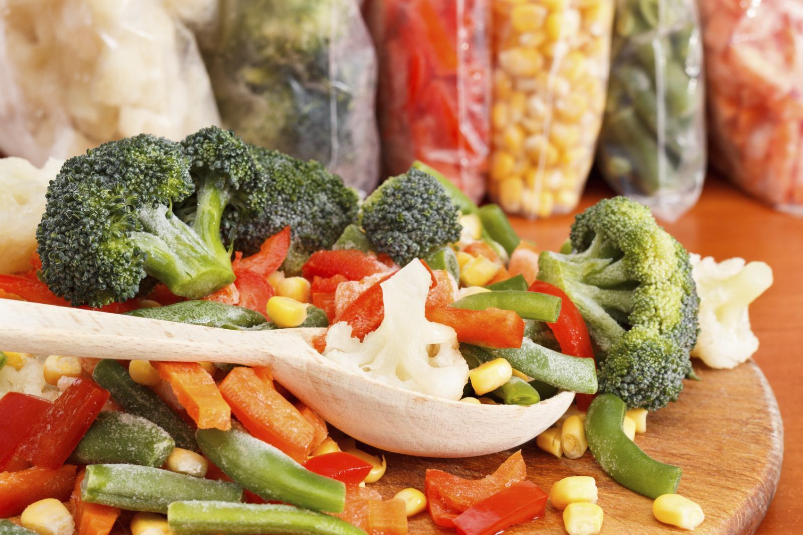Zamrzavanjem povrće  ostaje u dobrom stanju uz najmanji gubitak vrijednih mineralnih tvari i vitamina.
