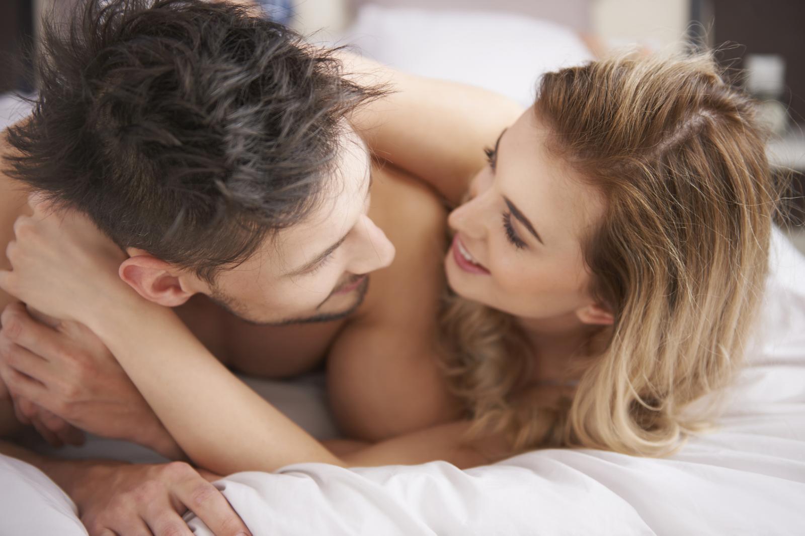 Iskušajte s partnerom nove stvari u seksu da bi izbjegli monotoniju.