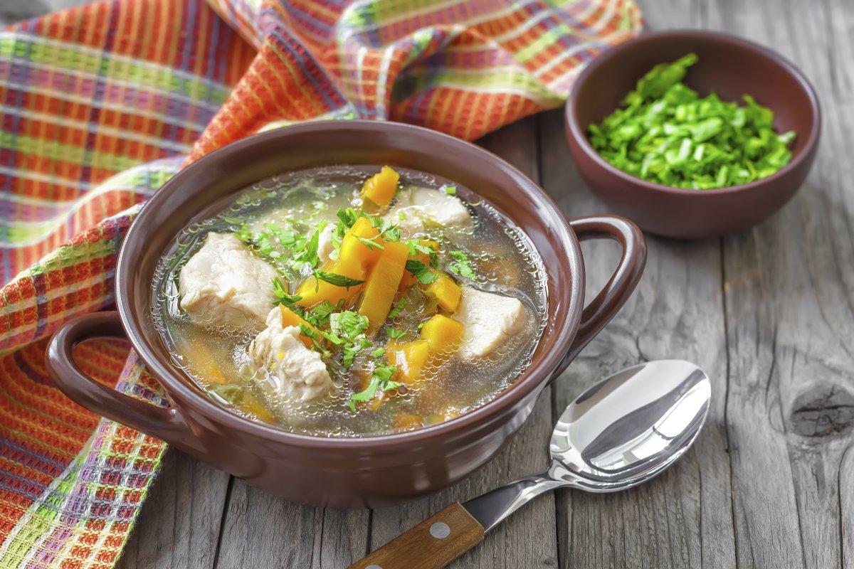 Nemojte je preskočiti! Pileća juha doista ima terapeutska svojstva