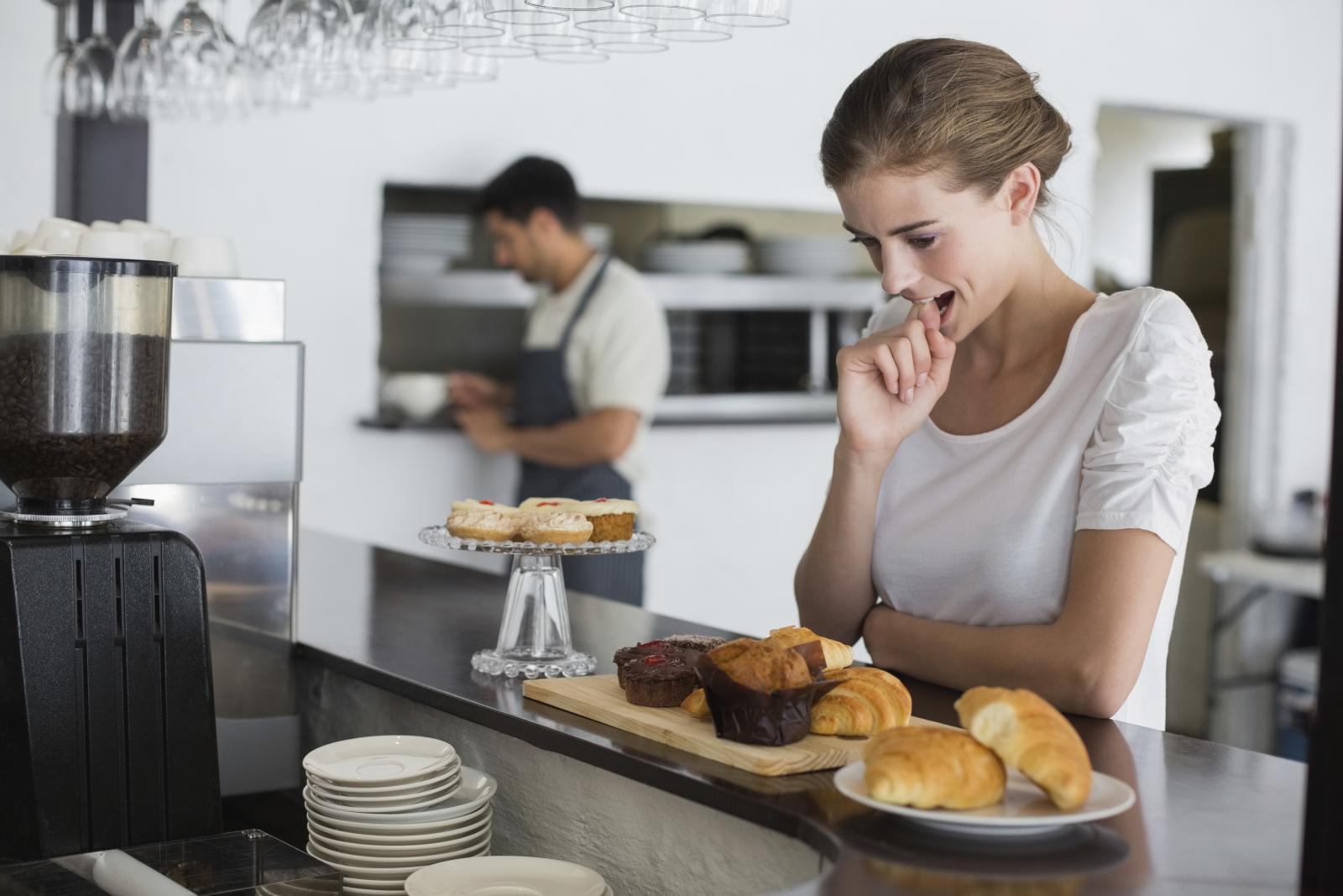 Prvo i najvažnije pravilo ako želite smanjiti kilograme je da jedete manje.