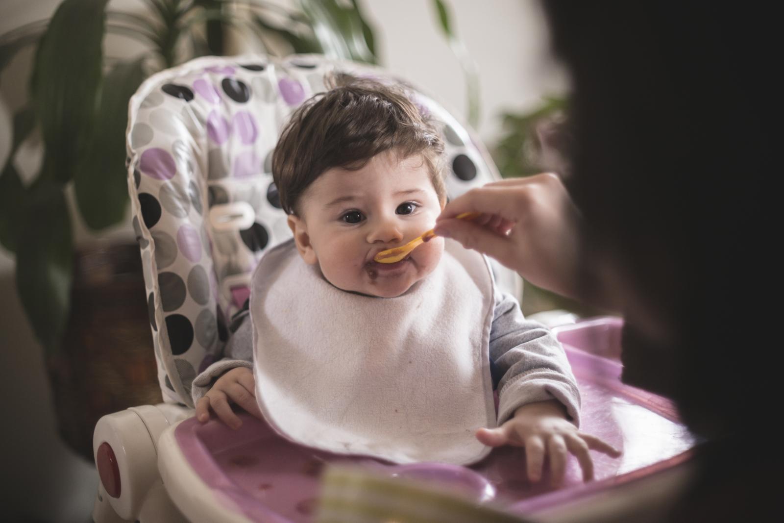 Zabrinjava istraživanje koje je pokazalo kako su tragovi tog metala u mliječnim formulama za bebe premašili razinu koja je po zakonu dopuštena u vodi za piće...