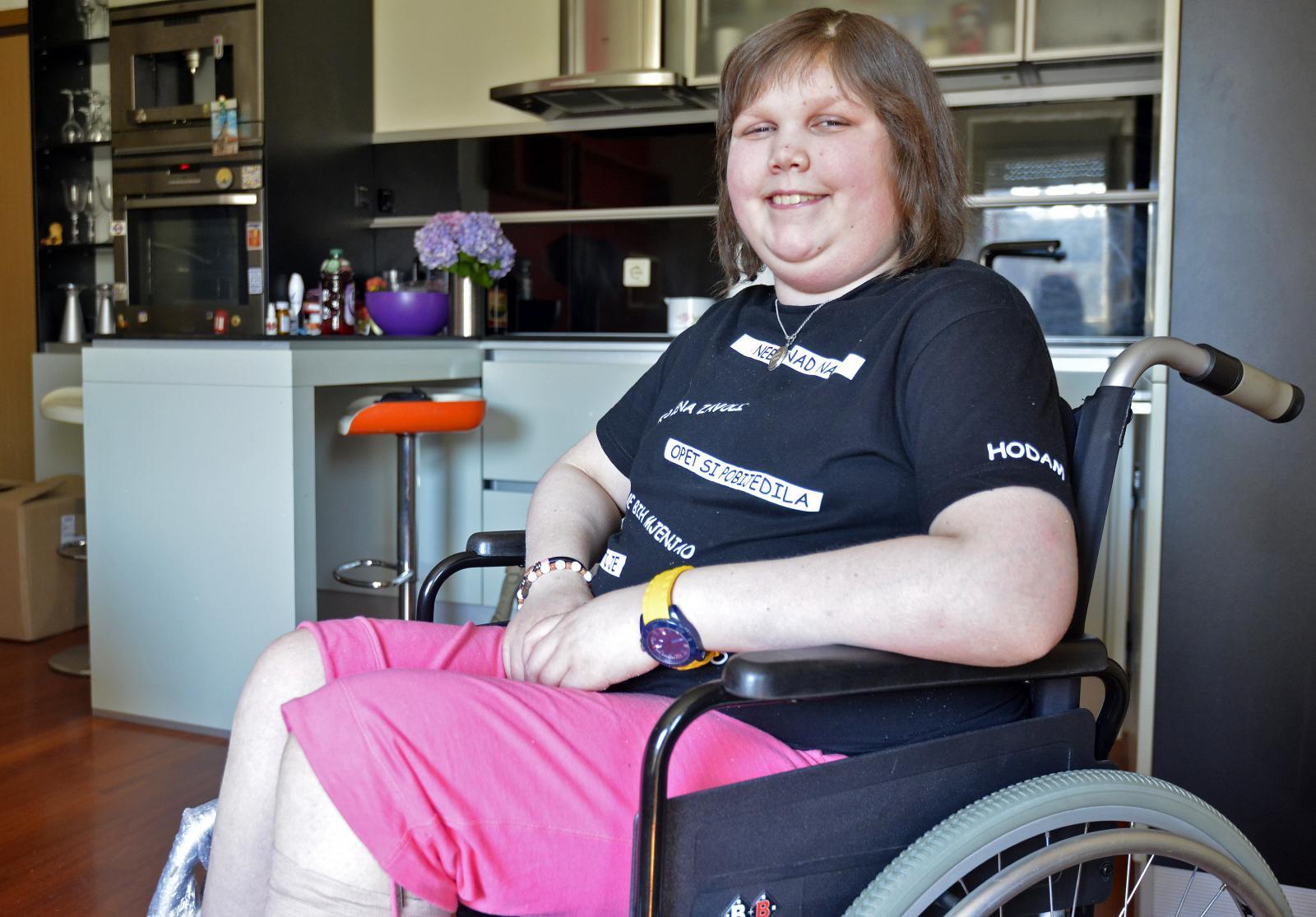 Mlada Osječanka punih se 14 godina bori s bolešću, ali ne odustaje!