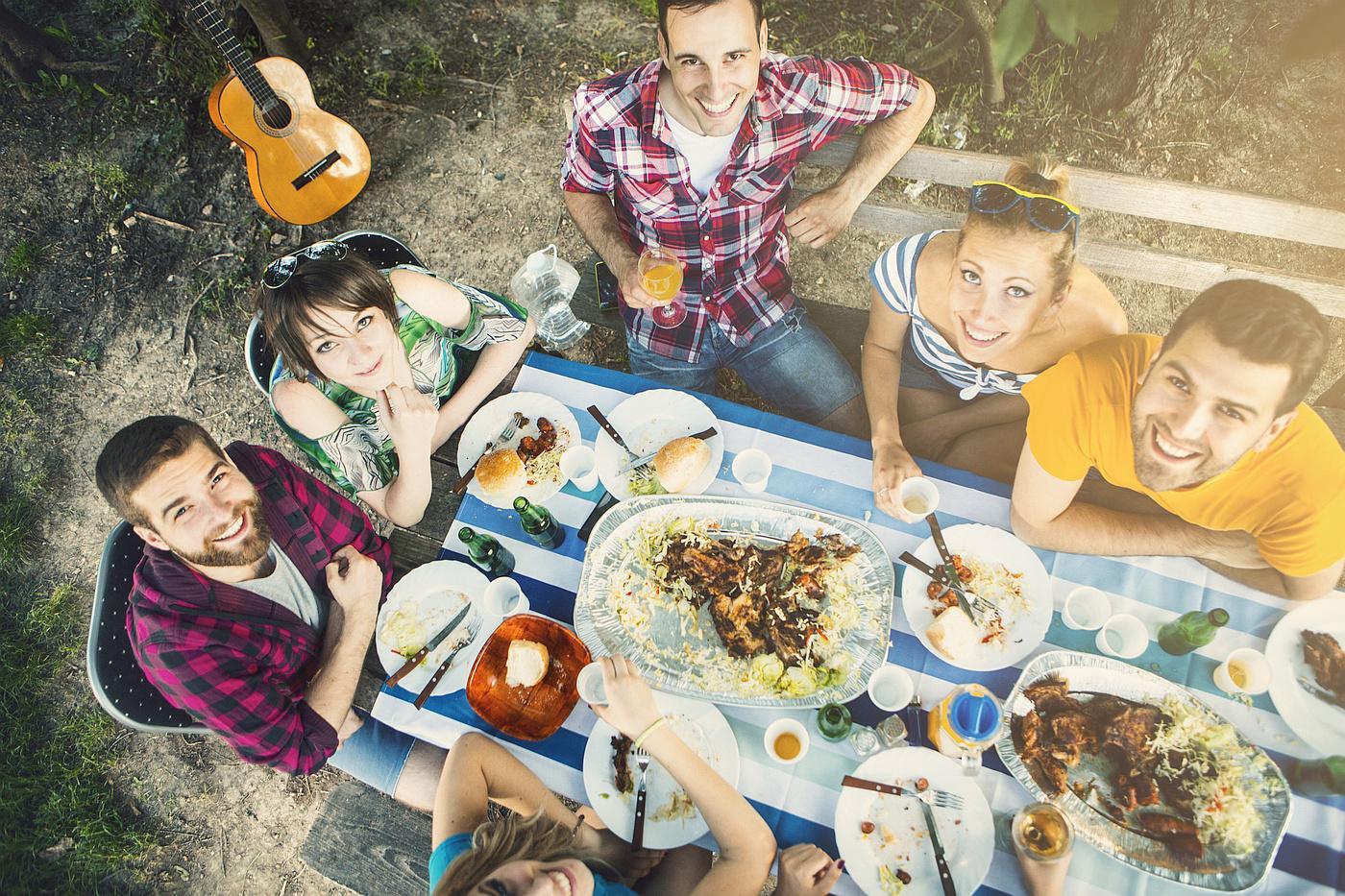 Dajte si oduška i slobodno uživajte u roštilju! Ali kao i sa svim drugim prženim i pečenim jelima - nemojte u njemu pretjerivati.