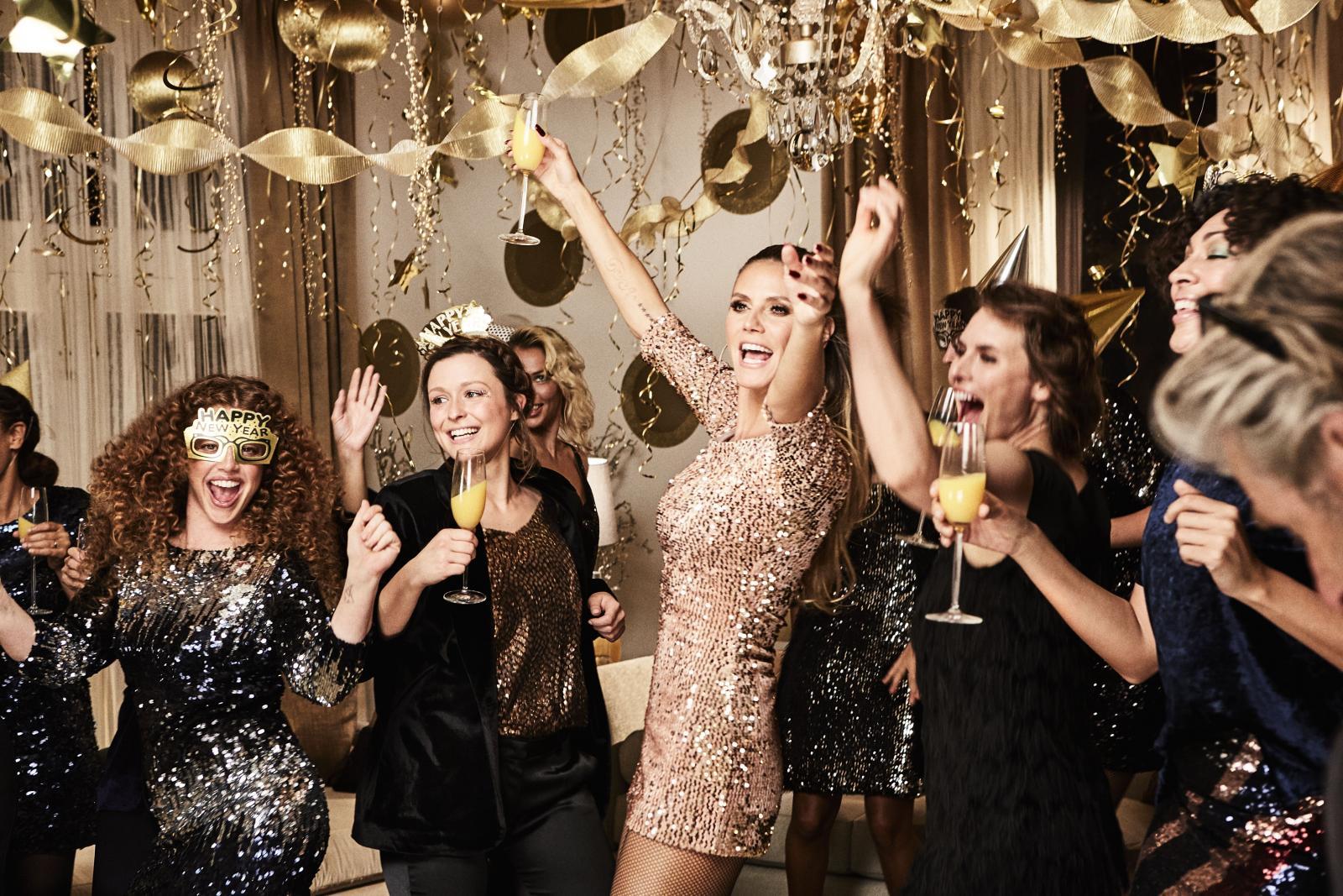 Doba je godine kad šljokice dolaze do izražaja, a s njima i vi! Zabljesnite uz novu Heidi Klum kolekciju.