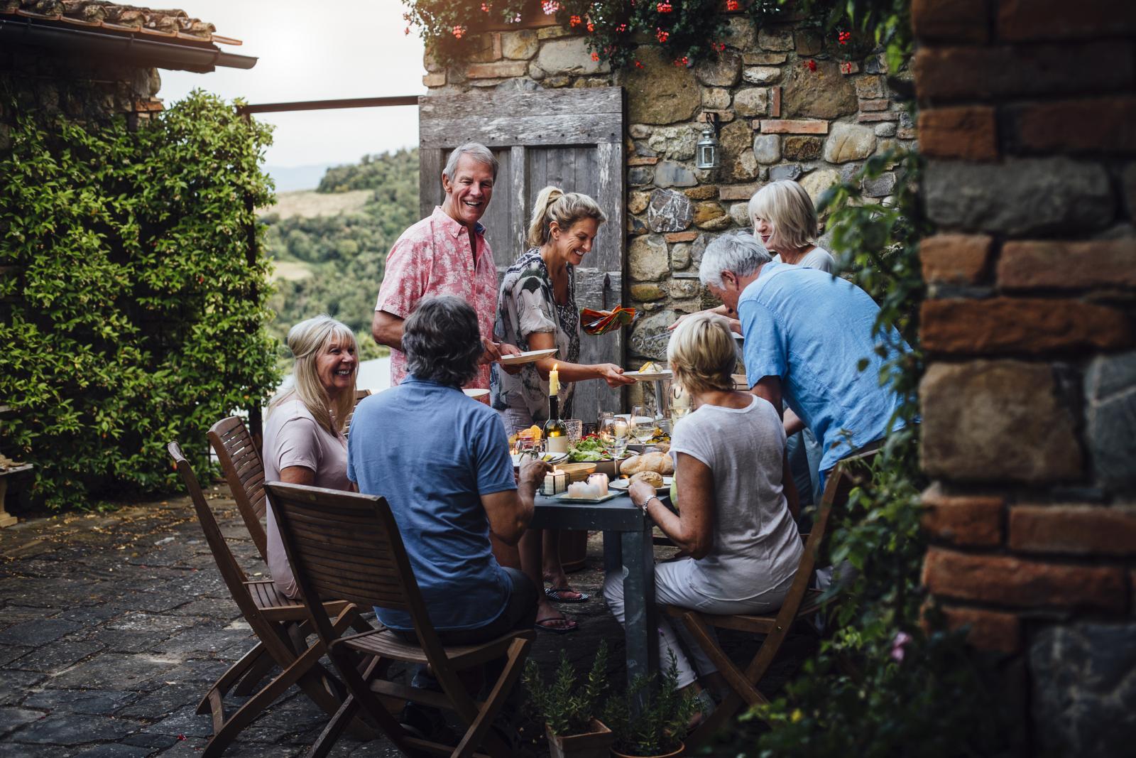 Razgovor izoštrava um, bilo da je riječ o obiteljskim, prijateljskim ili poslovnim razgovorima.
