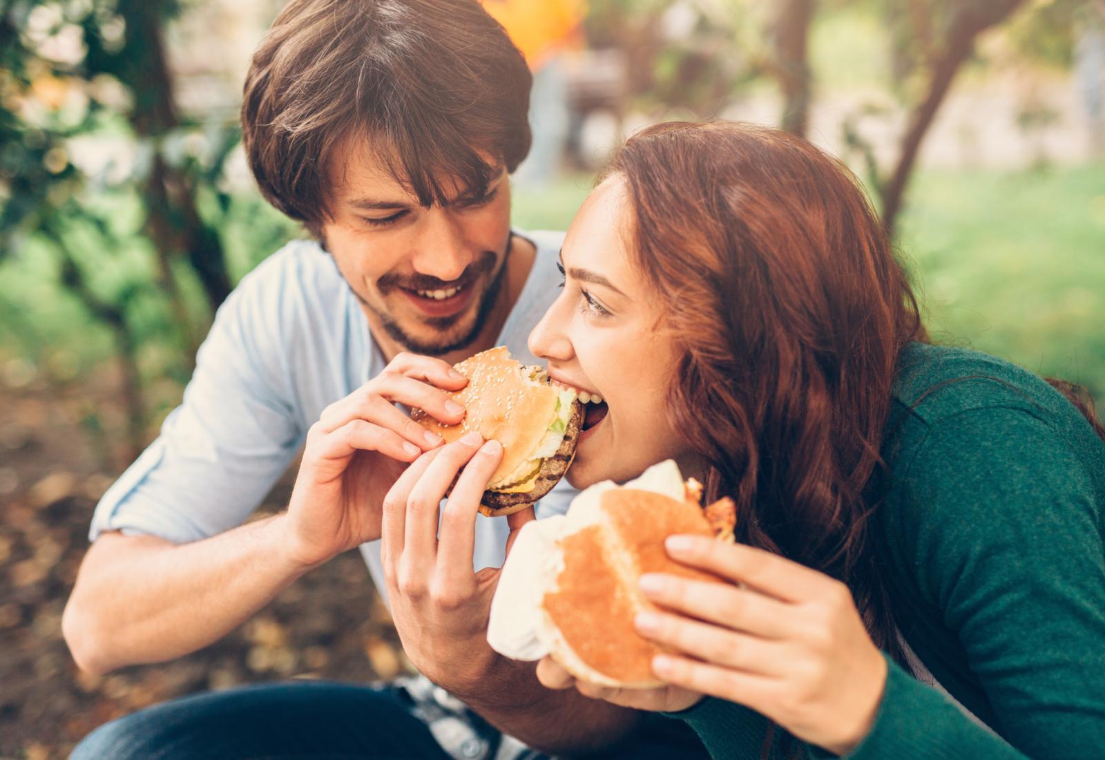 I žene i muškarci trebaju osigurati 700 mg kalcija dnevno u prehrani...