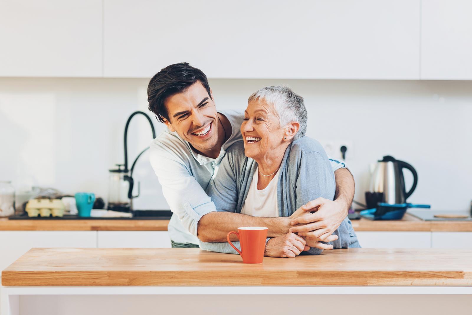 Dobar odnos s majkom je važna pretpostavka za dobar bračni život.