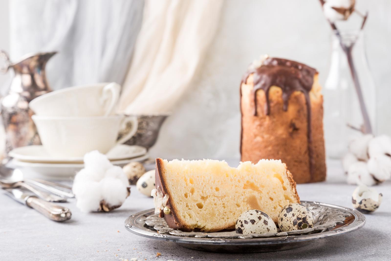 Ako niste vični u pečenju pince, uvijek možete kupiti tradicionalni talijanski kolač panettone koji se osim za Božić servira i za Uskrs.