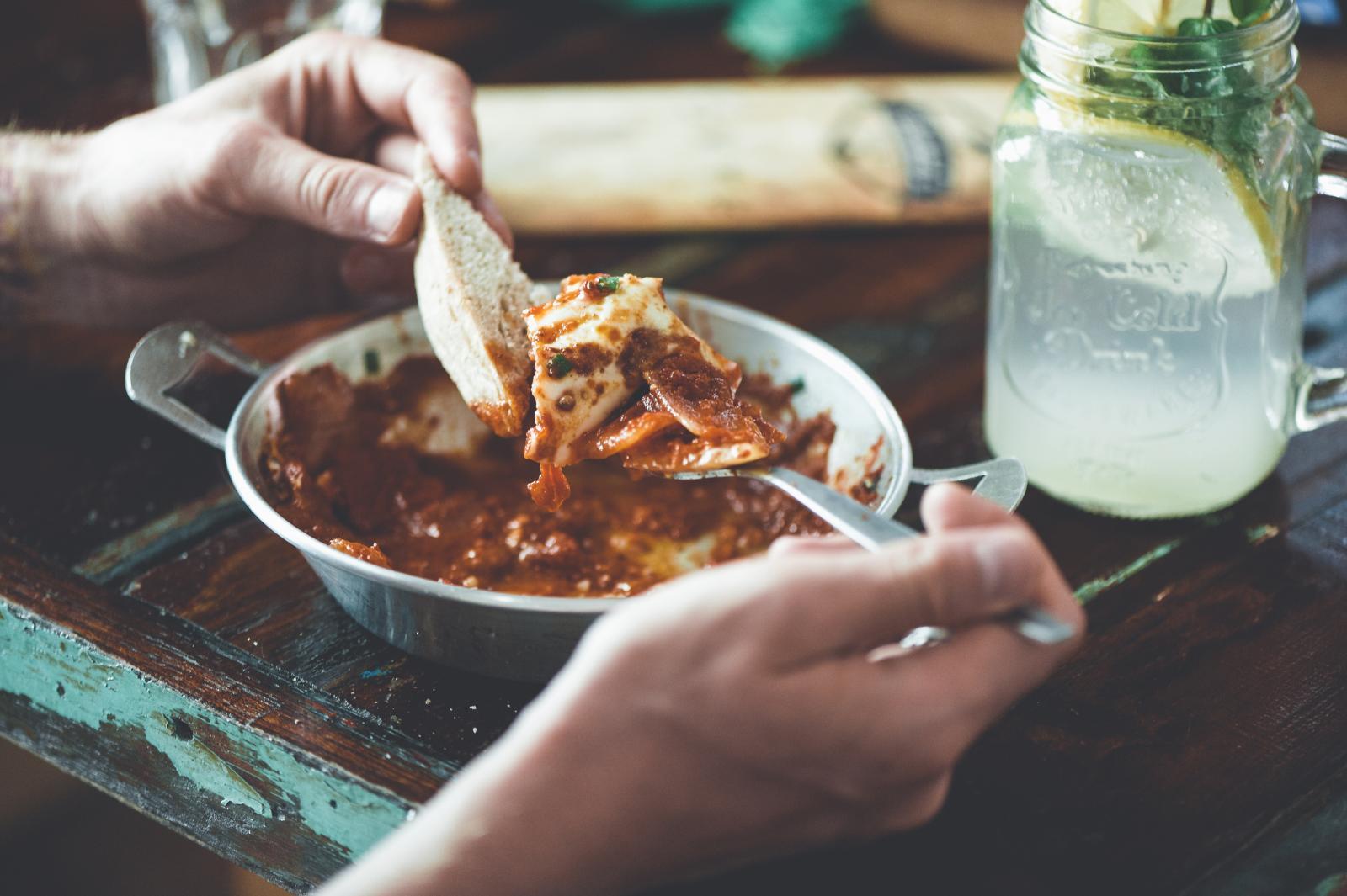 Hrana bogata ugljikohidratima i masnoćama trebala bi se čim rijeđe naći na tanjuru.