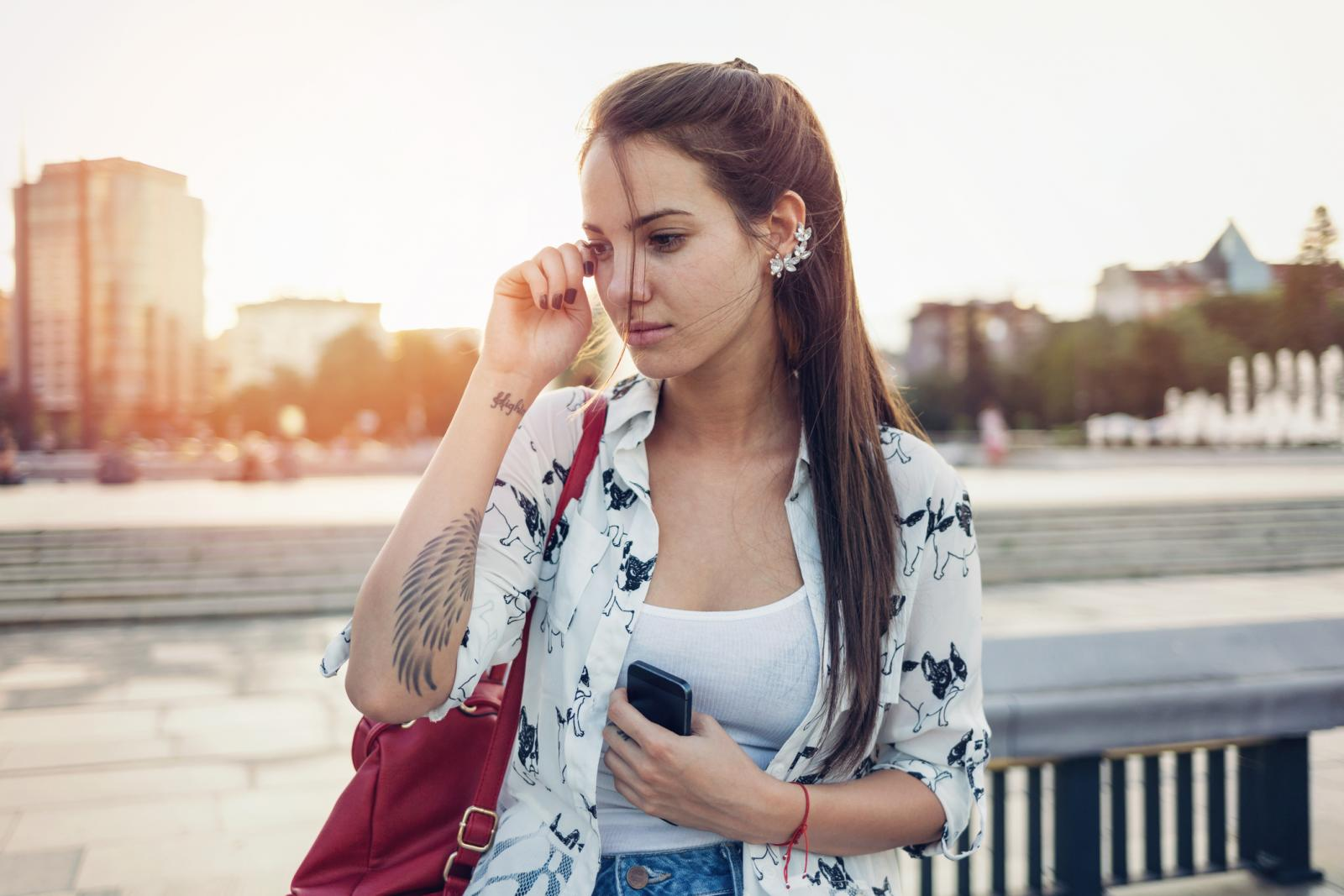 Iako se većina ljudi osjeća bolje kad se isplače, postoje i oni kojima suze samo pogoršaju emocionalno stanje.