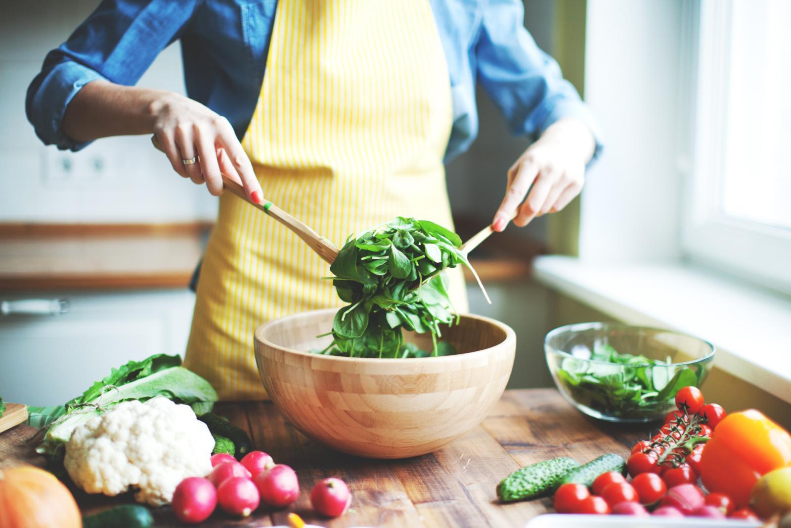 Jednako kao što pazimo što ne bismo nikako trebali jesti, treba voditi računa i o tome što bismo trebali češće jesti...