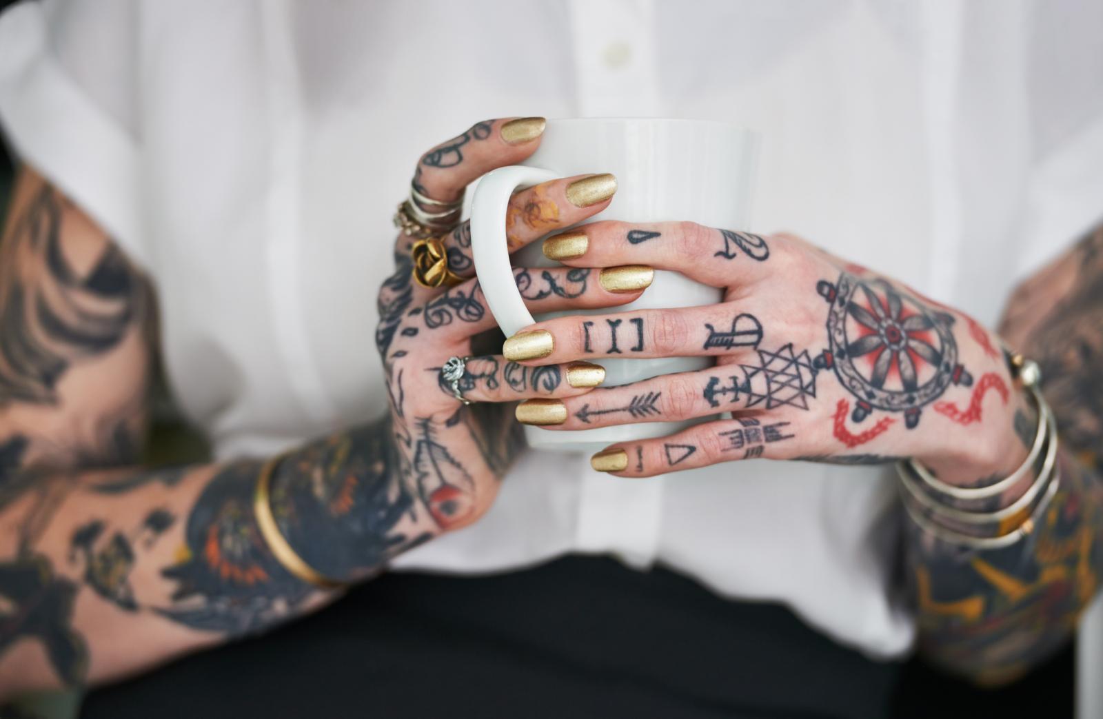 Alergijske reakcije i infekcije samo su neke od reakcija, i to one blaže, no tetovaža može donijeti i ozbiljnije zdravstvene probleme.