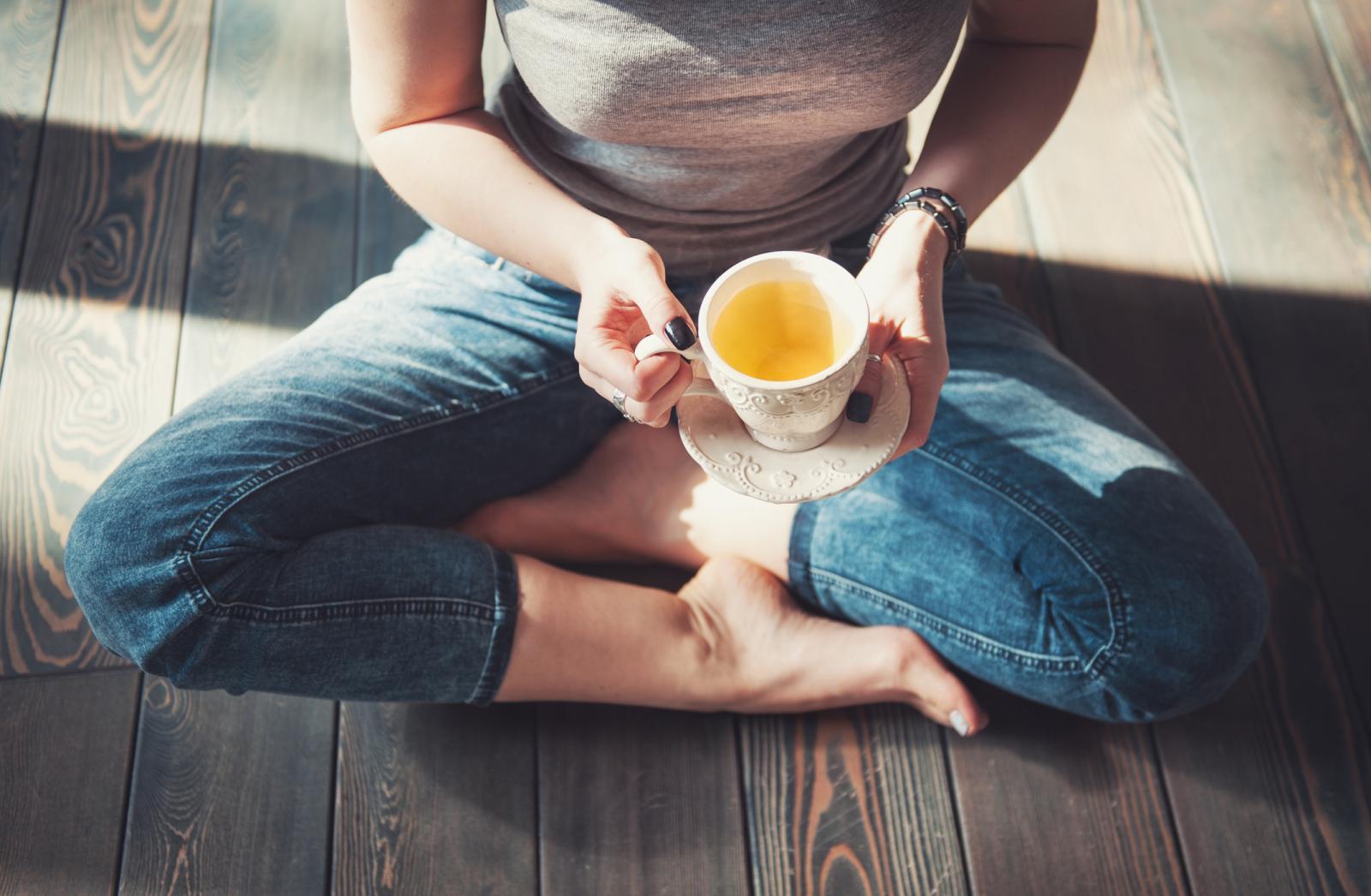 Razne vrste čajeva, poput kadulje i kamilice će vam uvelike pomoći.