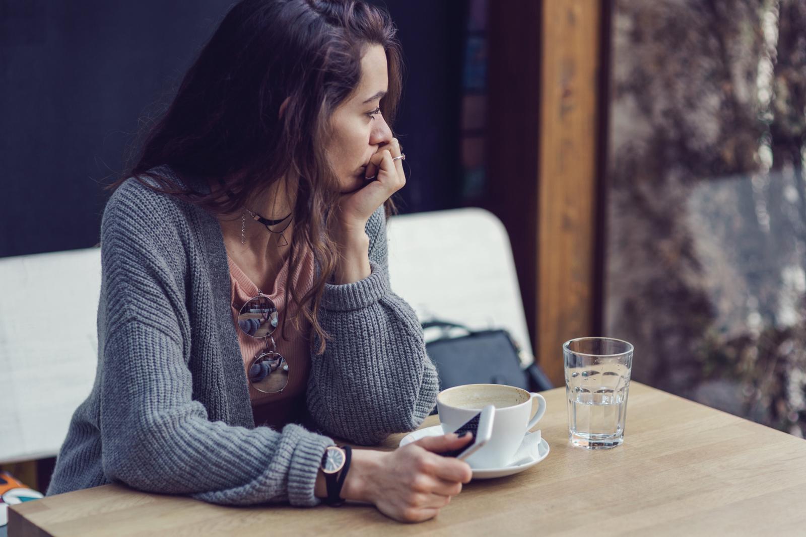 Istraživači su utvrdili da su ljudi koji žive samačkim životom imali 42 posto veću vjerojatnost da će razviti demenciju, a to se odnosi na oba spola.