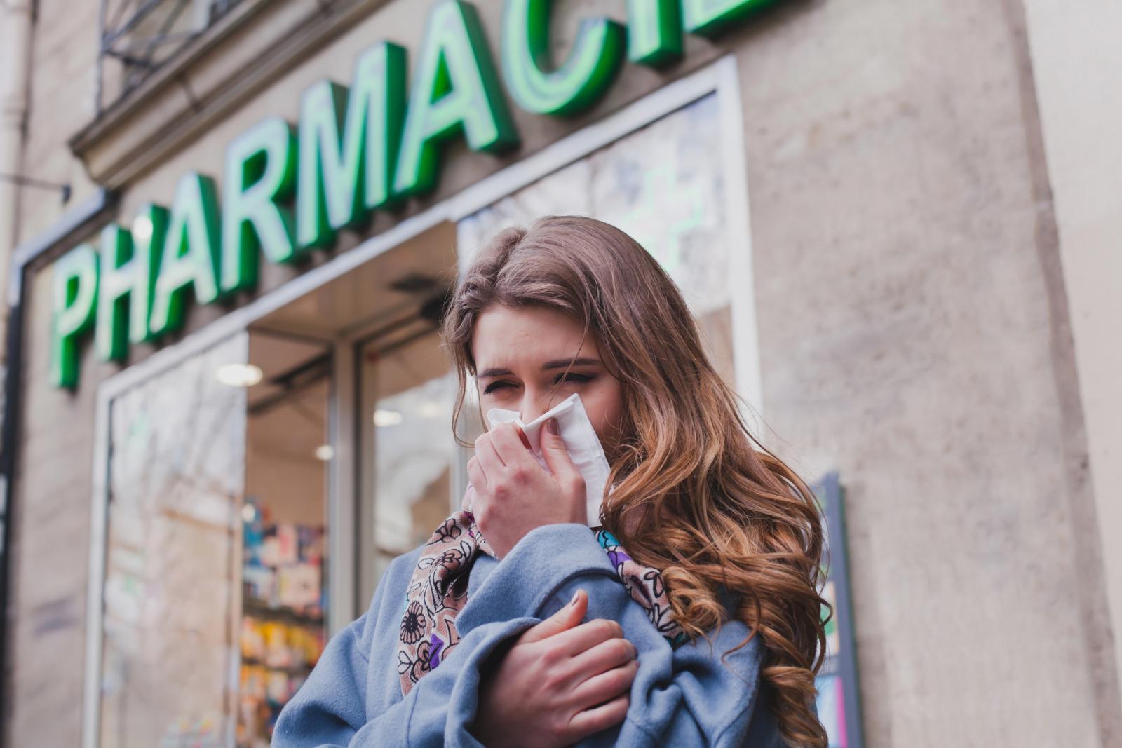 Kod bolesti sličnoj gripi imat ćete temperaturu od najmanje 37, 7°C, kašalj ili upalu grla.