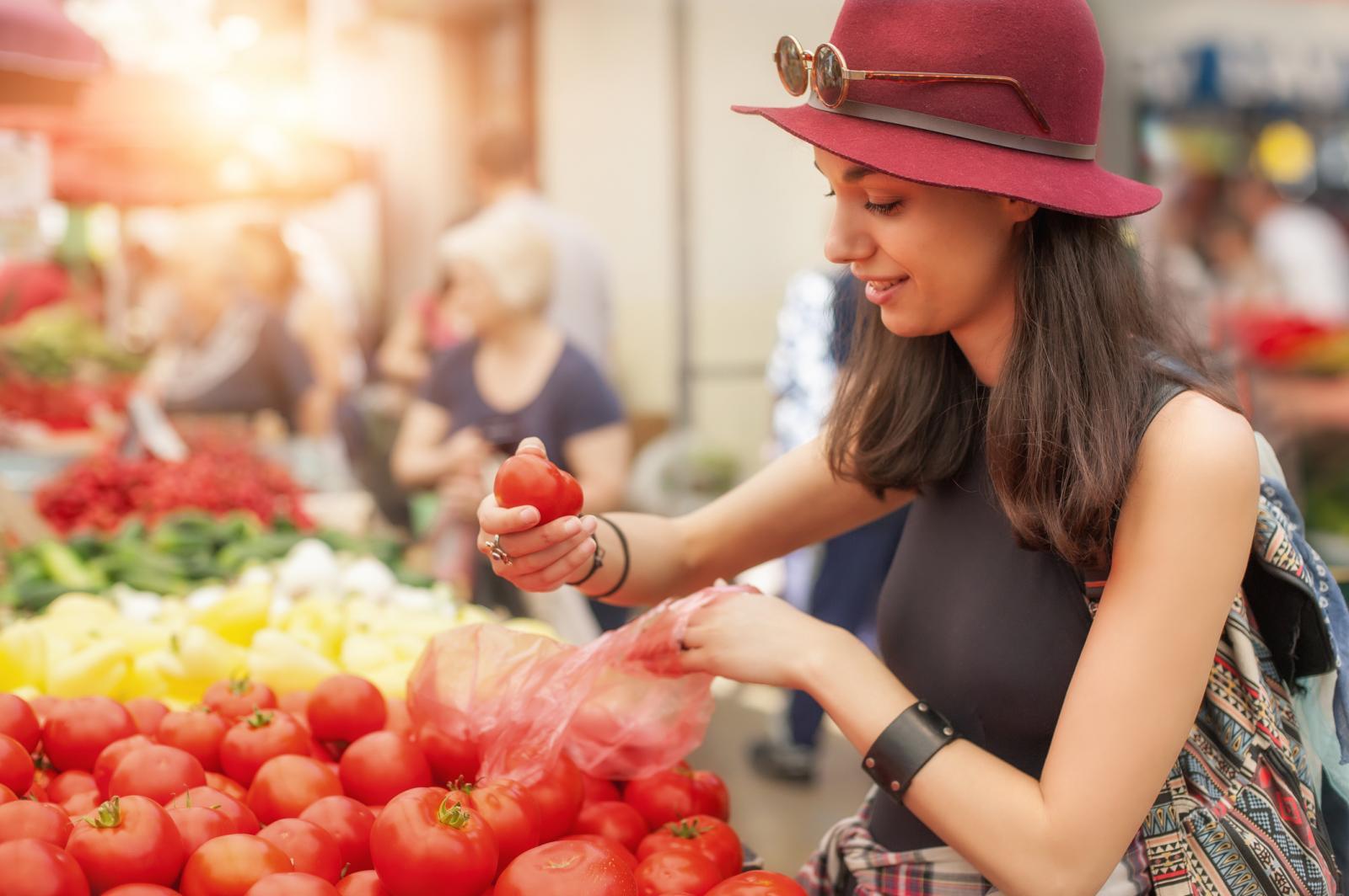Rajčice su glavni izvor likopena u prehrani, a on pomaže pri liječenju raka.