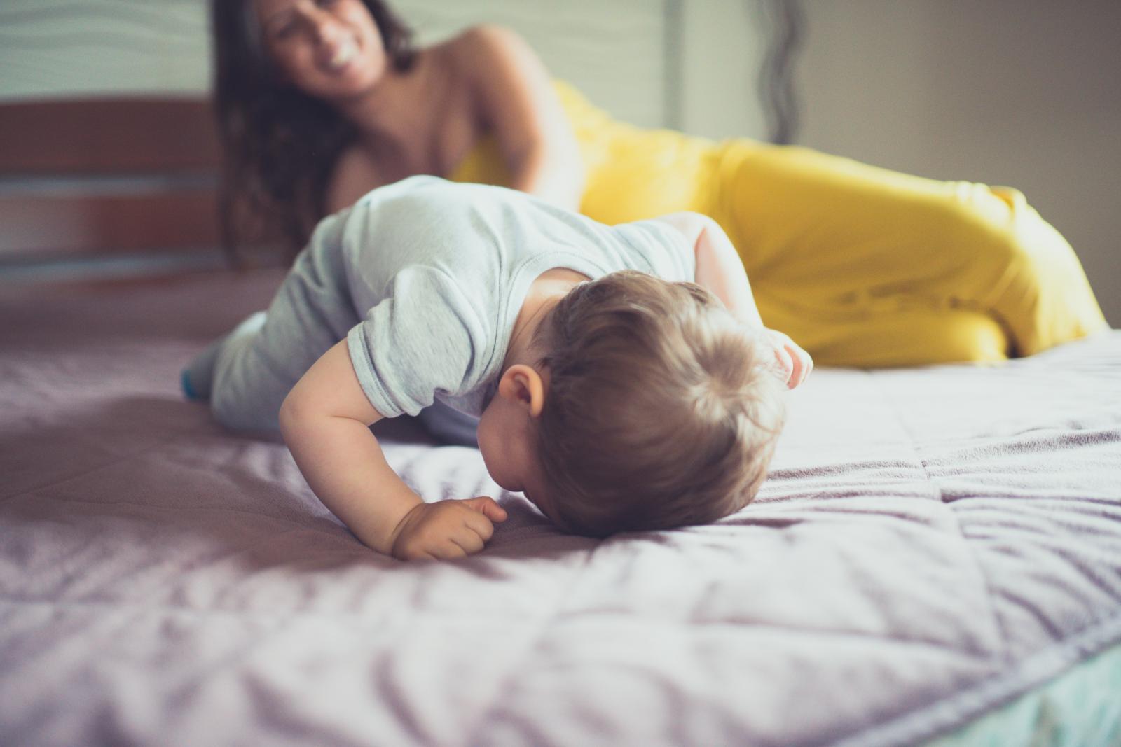 Zajedničko spavanje može povećati kvalitetu sna, odnosno smanjiti broj noćnih buđenja te umor i iscrpljenost roditelja.