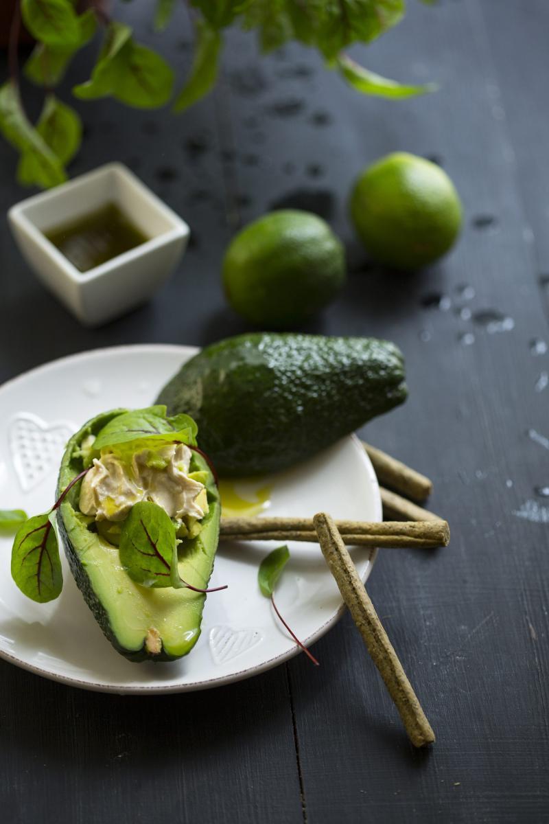 Ako još niste probali avokado, ovo je odličan recept za početak.