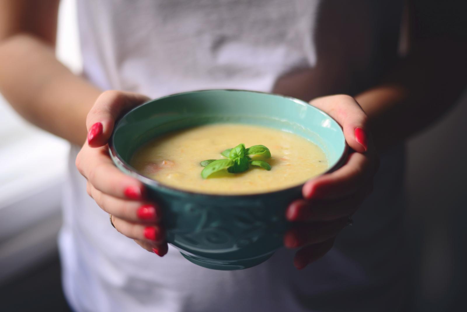 Ako se želimo hraniti zdravo, a pritom imamo i povišen tlak, važno je jesti čim više sezonskog voća i povrća.