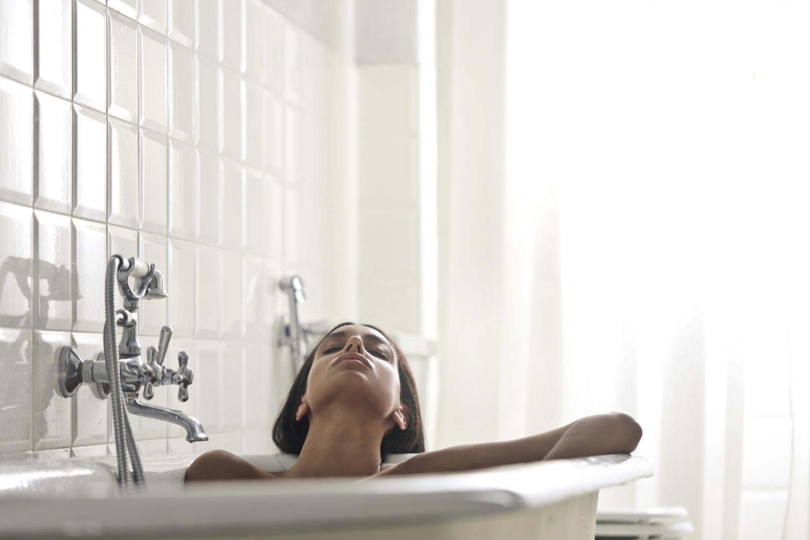 Kupanje u kadi jedna je od onih stvari koju za vrijeme mokraćnih infekcija trebate izbjegavati.