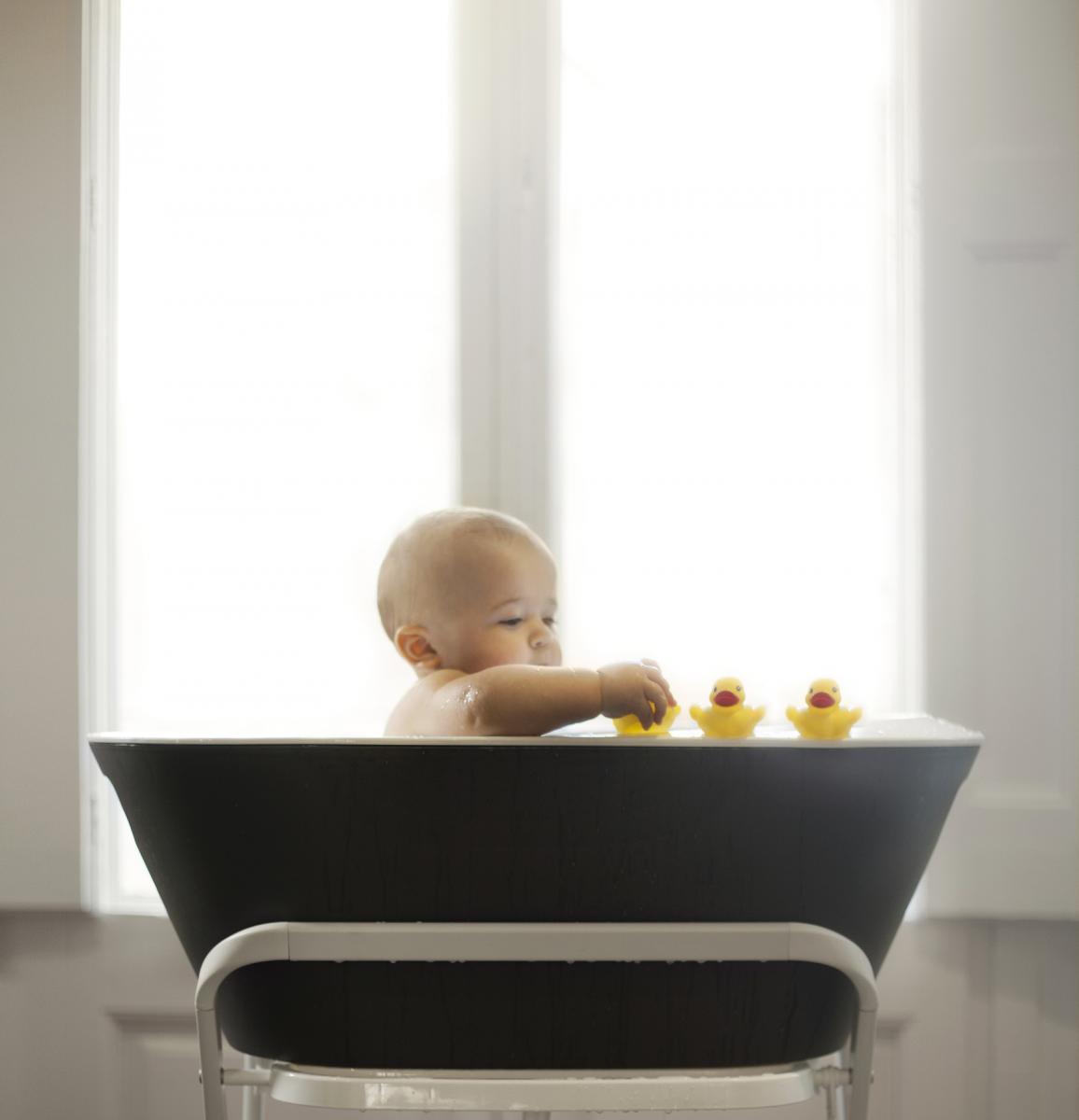 Pazite li na temperaturu vode u kojoj se dijete kupa? A na preparate kojima ga kupate i kasnije mažete?