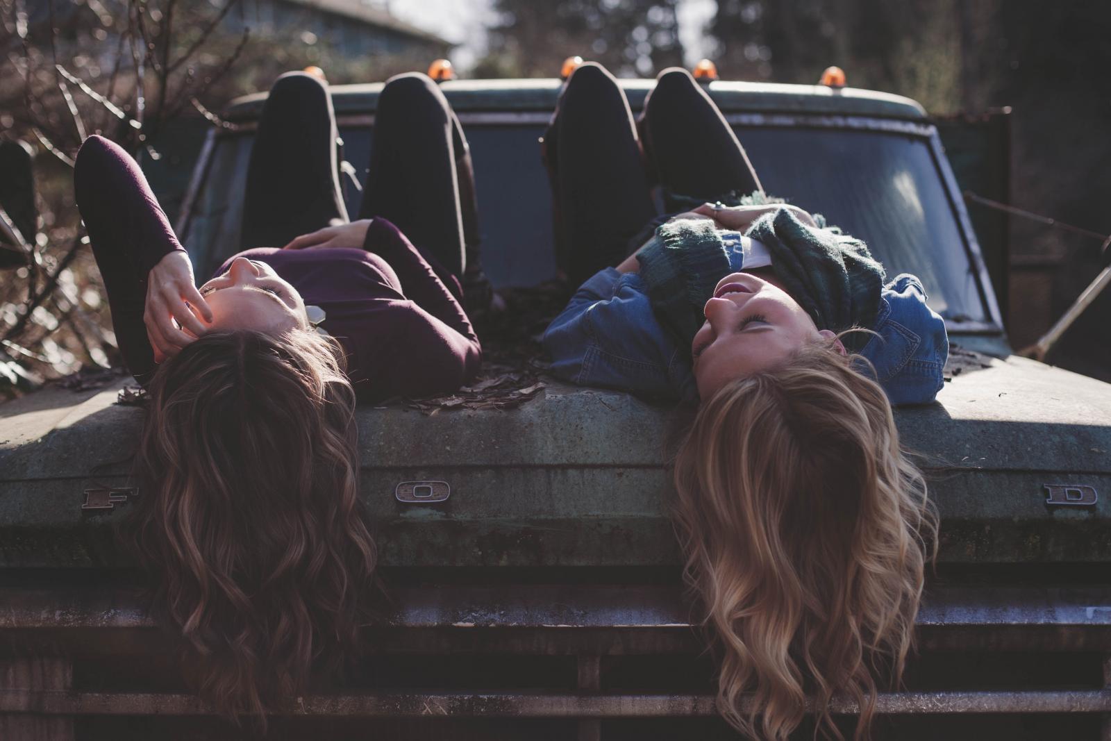 Prava prijateljica je ona koja vas ne osuđuje, kakav god bio vaš način života i situacija u kojoj se nalazite.