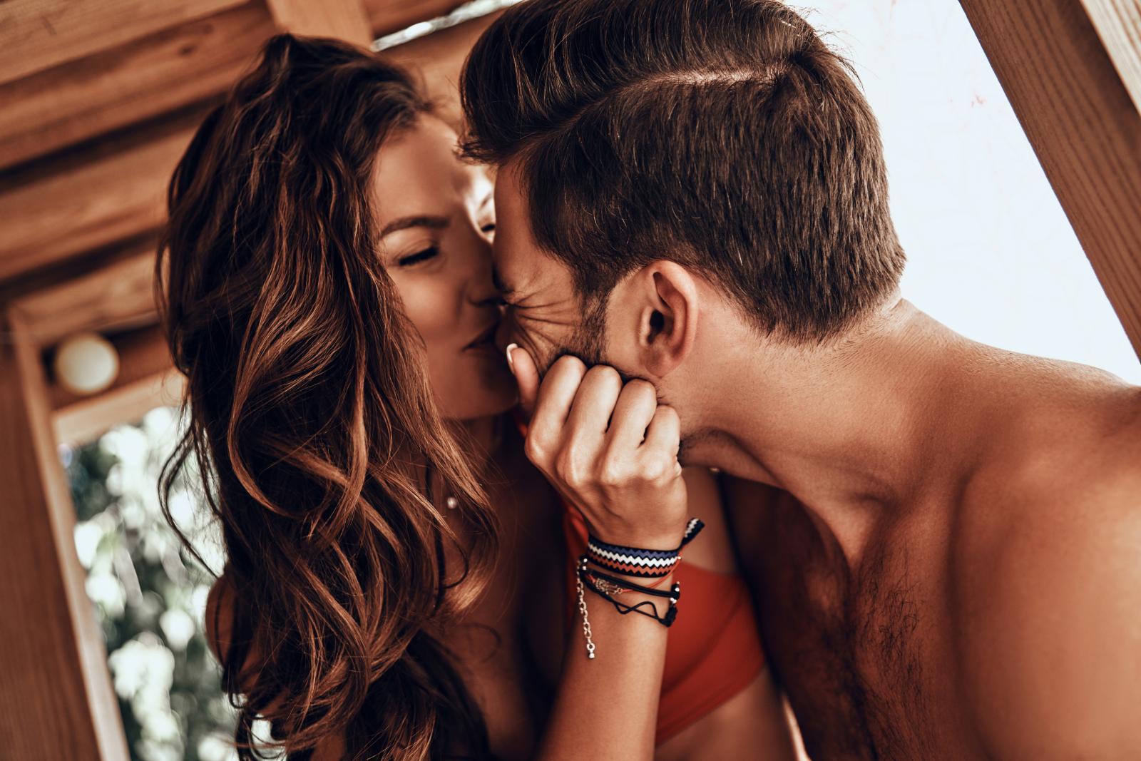 Osobe s većom emocionalnom inteligencijom uspostavljaju i održavaju intimne veze.