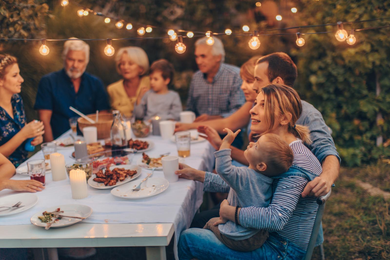 Tijekom desetljeća odrastanja i starenja, organizam prolazi kroz različite faze, a tako se mijenja i potreba za hranom.