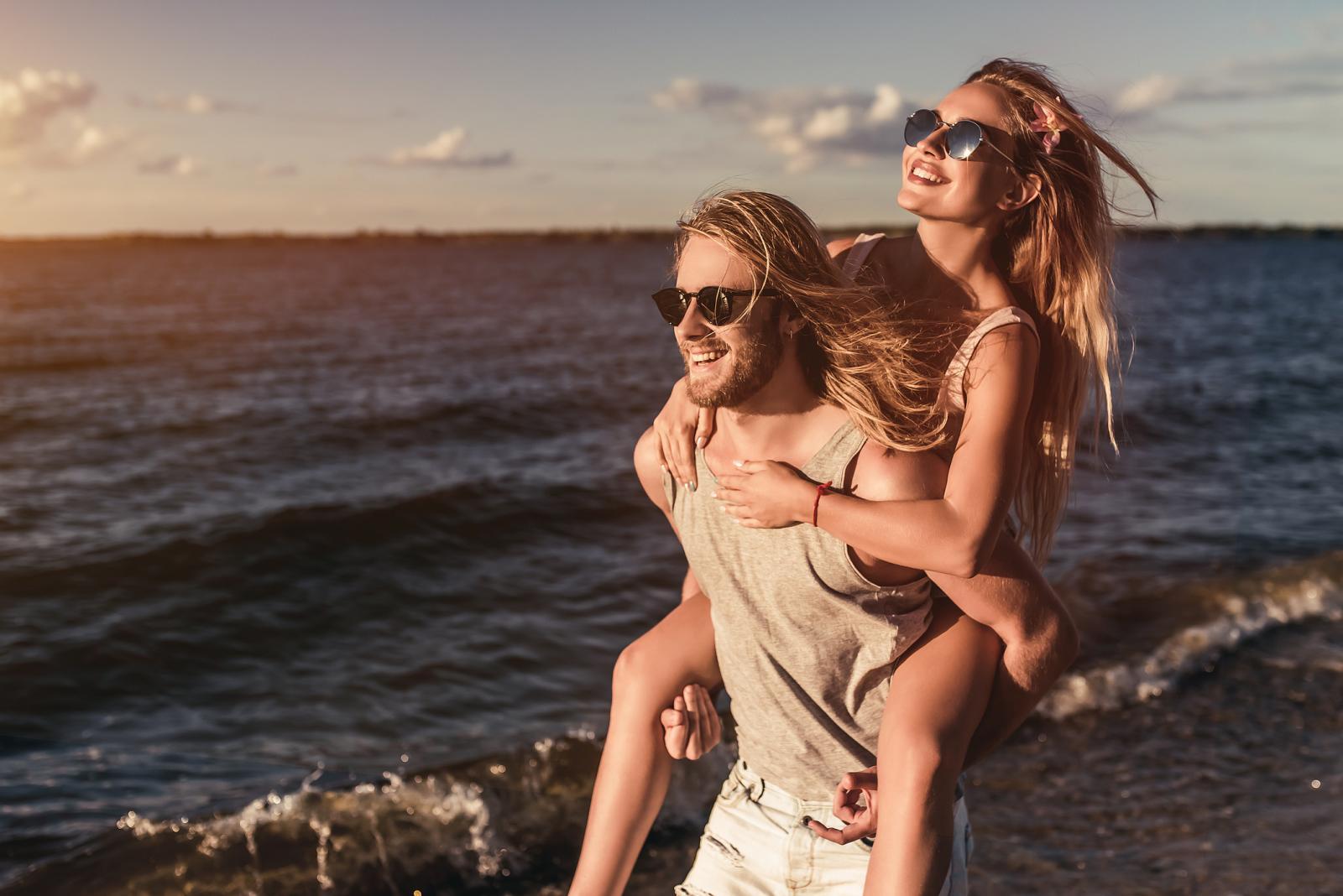 Pored zaštitnih krema, sunčanih naočala, šešira i suncobrana, vrlo je važno ne zaboraviti ni na prehranu koja štiti kožu od sunca.