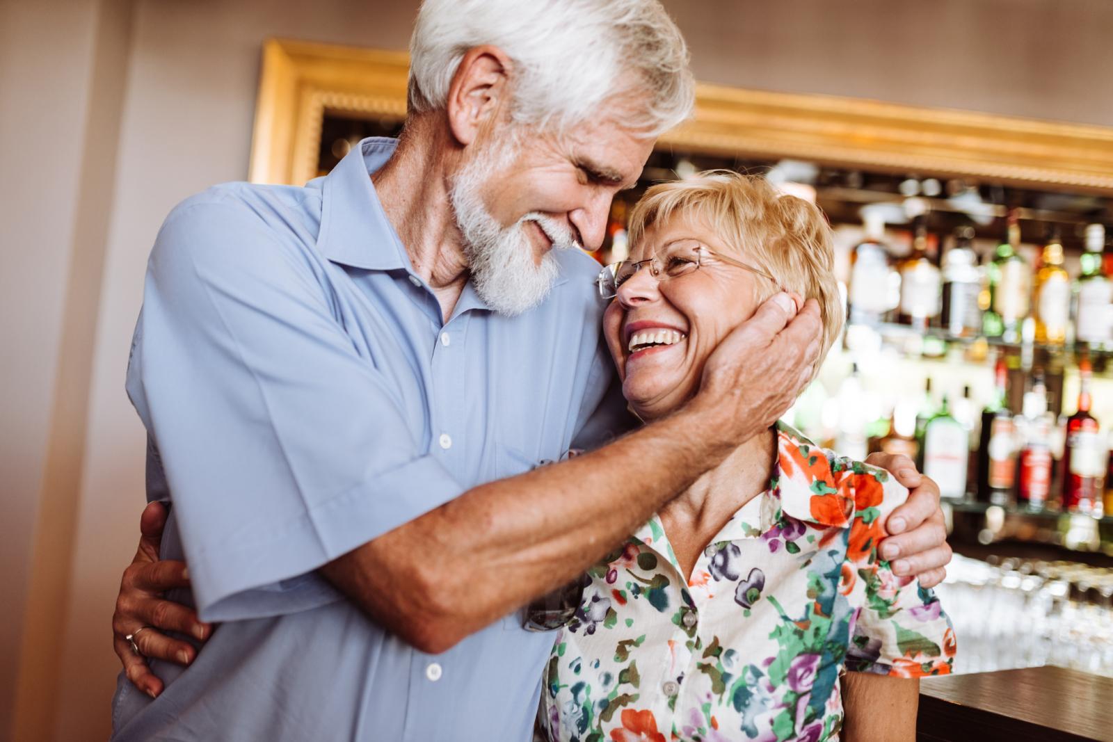 Općenito, tumor prostate najčešće raste polako i dugi niz godina ostaje ograničen na žlijezdu. Tijekom tog vremena, tumor stvara malo ili nimalo simptoma.