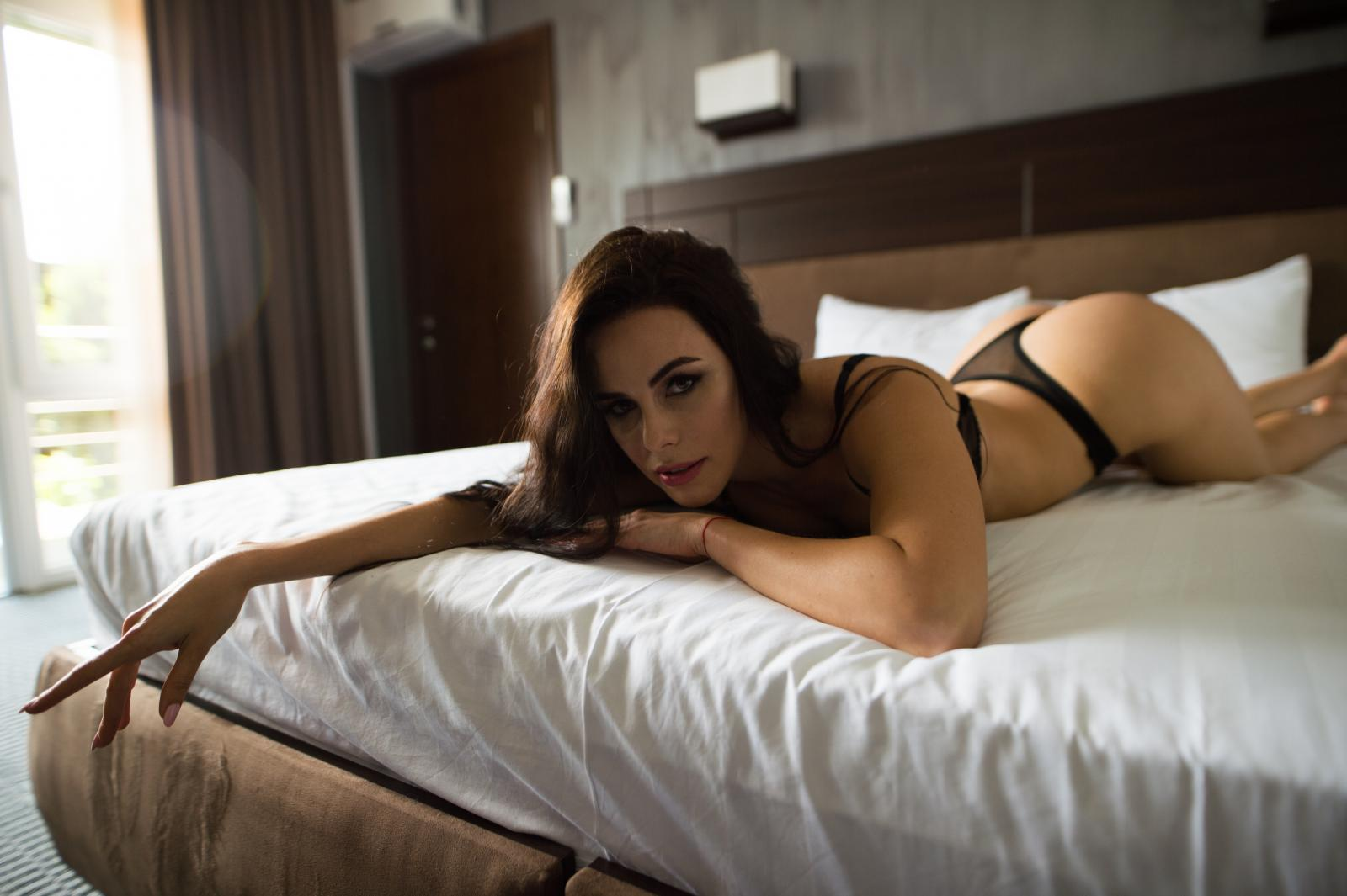 Nakon razvoda mnogim ženama nedostaje samopouzdanja, no to naravno, uz svu pažnju suprotnog spola, ne znači da ćete uskočiti u svaku postelju.