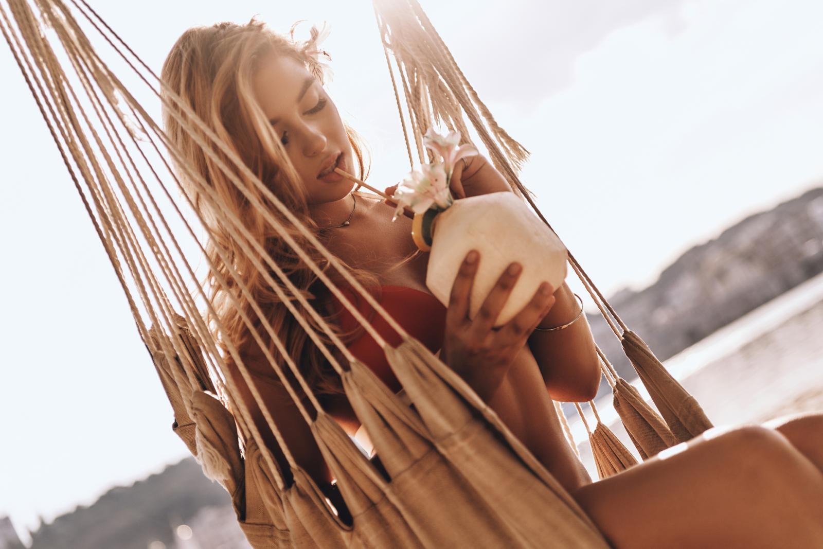 Kokosova voda ima pozitivan učinak na metabolizam, vraća energiju, podiže imunitet, štiti od mikroorganizama i mnogih drugih bolesti.