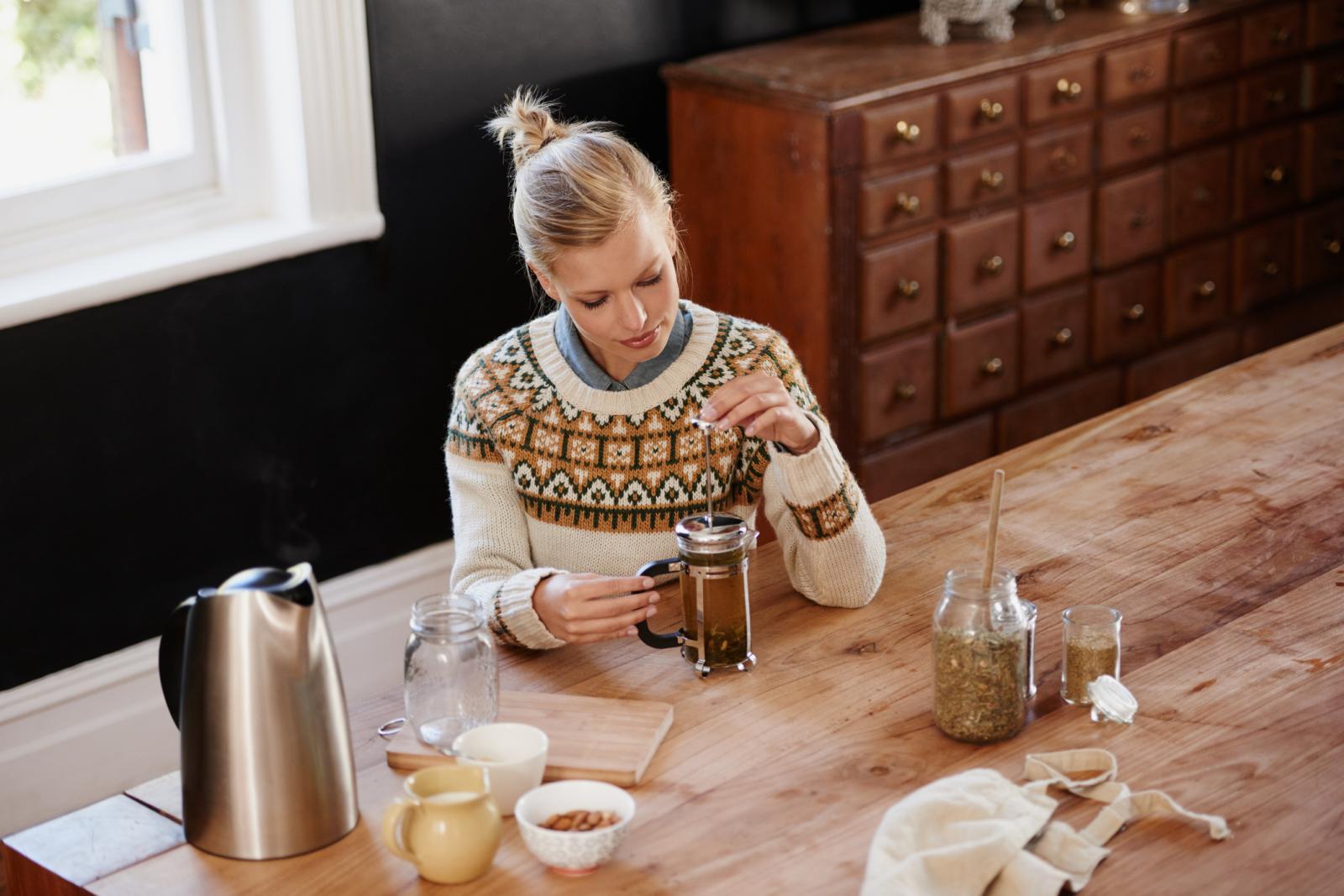 Jeste li već probali ublažiti simptome reume čajevima?