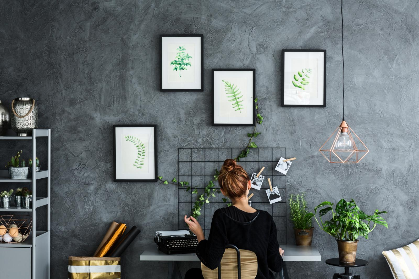 Izbor biljnog materijala diktira prostor i količina osvjetljenja koja dopire kroz prozore uredskog prostora.
