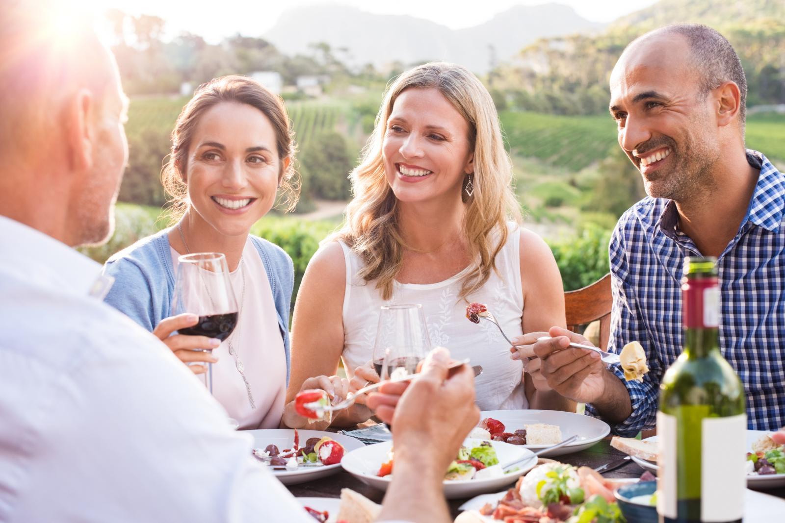 Kako biste došli do boljih rezultata, uključite više proteina u vaše obroke. Oni će pomoći održati mišićnu masu, a i dobro će vas zasititi.