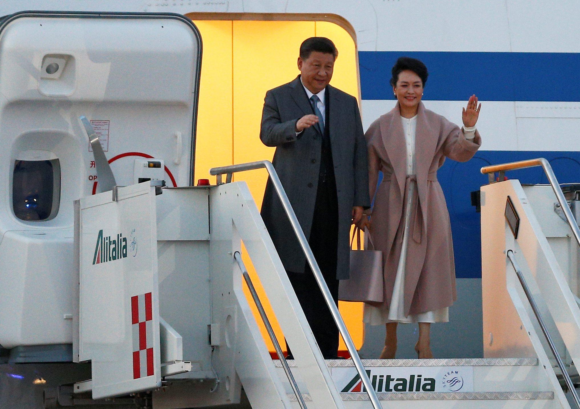 Xi Jinping sa suprugom Peng Liyuan