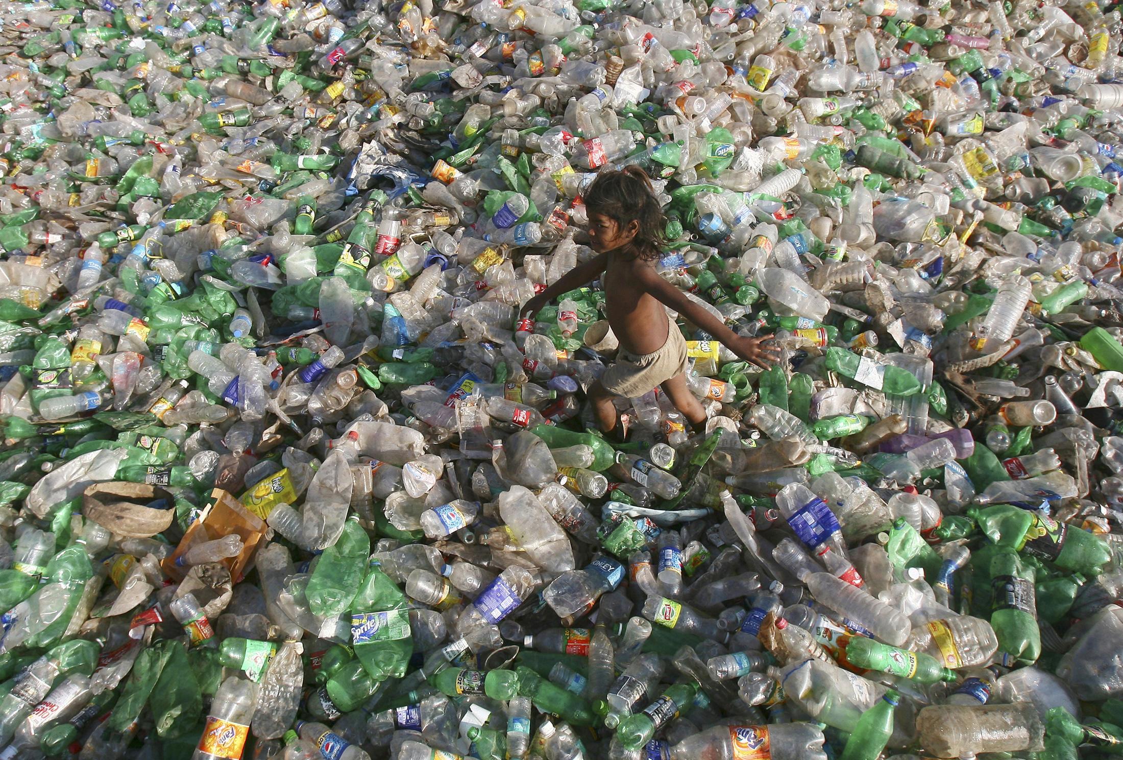 Zagađenost mora i oceana, te gradova plastičnim bocama je već sada ozbiljno zabrinjavajuće