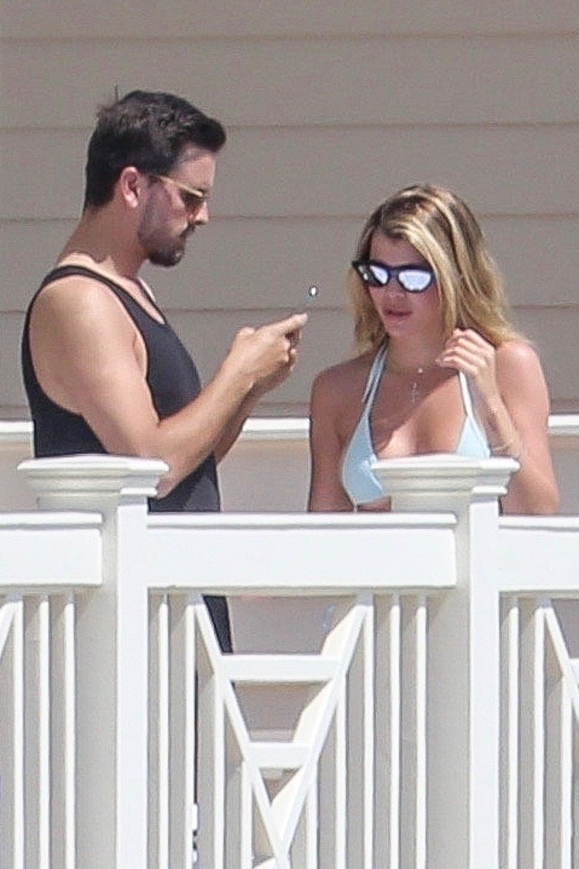 *EXCLUSIVE* Santa Barbara, CA  - Sofia Richie and Scott Disick enjoy the California sun from the balcony of their hotel in Santa Barbara.  Pictured: Scott Disick, Sofia Richie    *UK Clients - Pictures Containing Children Please Pixelate Face Prior To Publication*, Image: 422173845, License: Rights-managed, Restrictions: , Model Release: no, Credit line: Profimedia, Backgrid USA