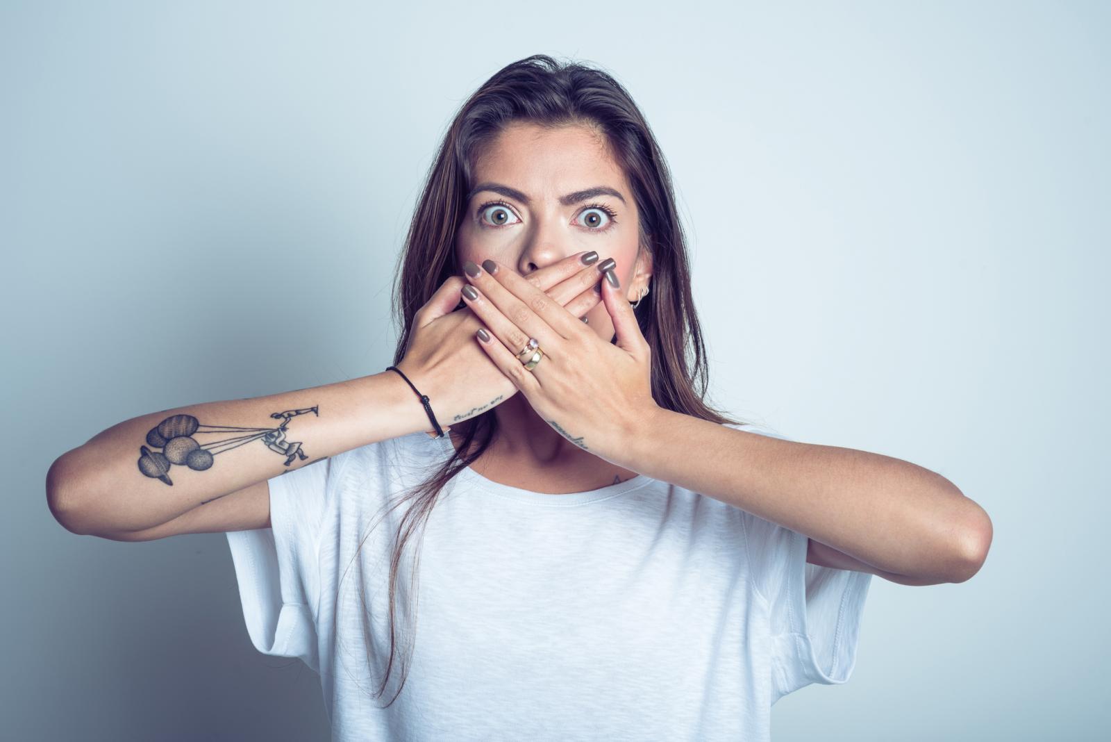 Štucanje obično prođe spontano nakon kratkog vremena, no ponekad može potrajati, obično zbog oštećenja ili nadraženosti živaca povezanih s ošitom.
