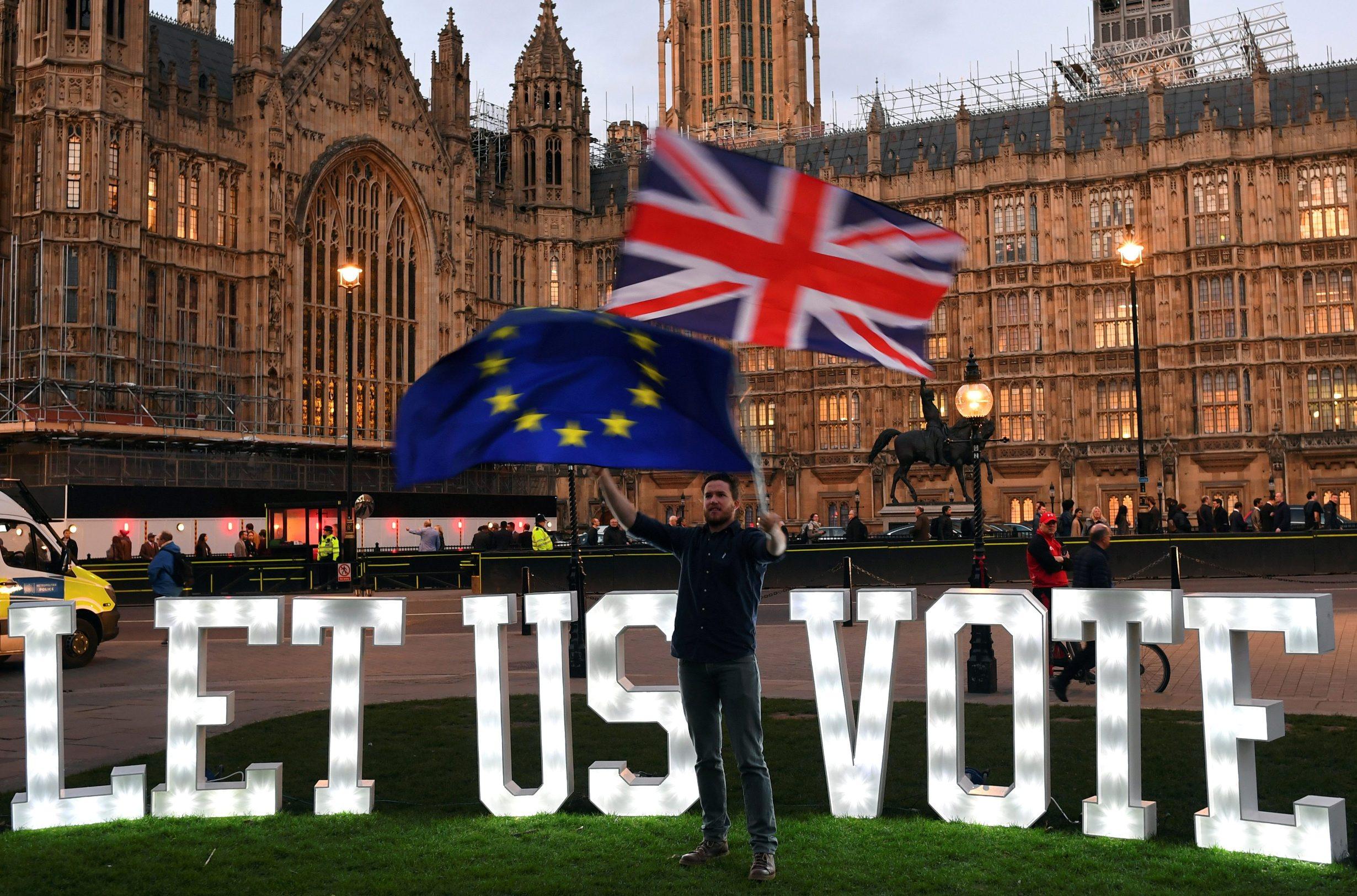 Prosvjed za opoziv Brexita ispred Donjeg doma parlamenta