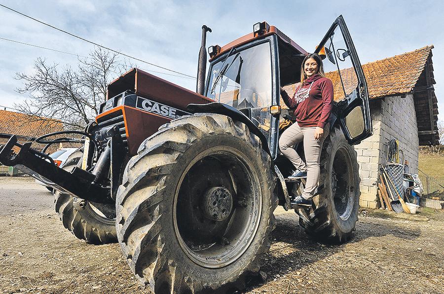 Karlovac, Skakavac, 010317. Ciklus mladi poljoprivrednici, Diana Prpic iz Skakvca Brezani u Karkovackoj zupaniji. Foto: Bruno Konjevic / CROPIX