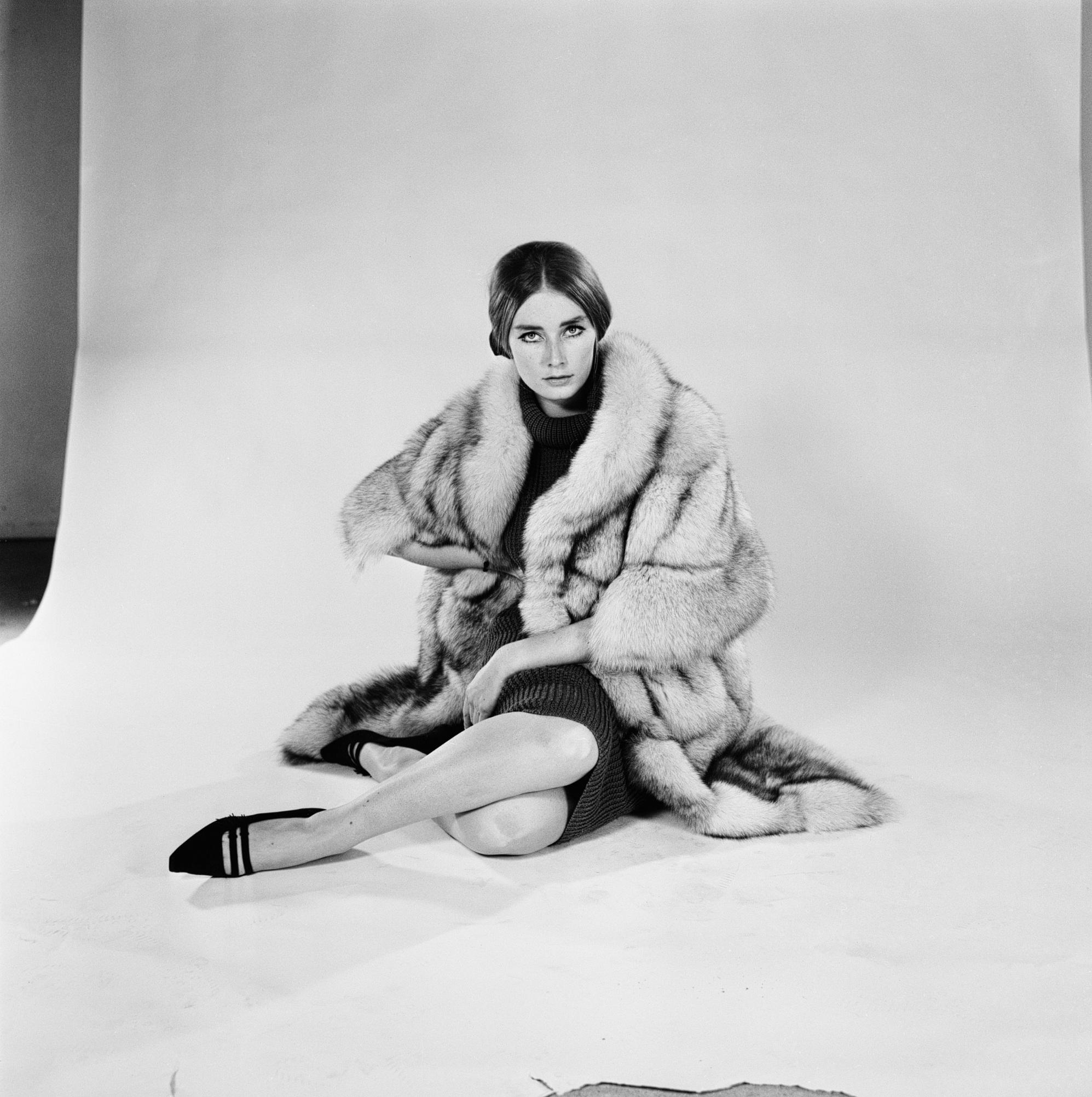 Tania Mallet 1964. godine