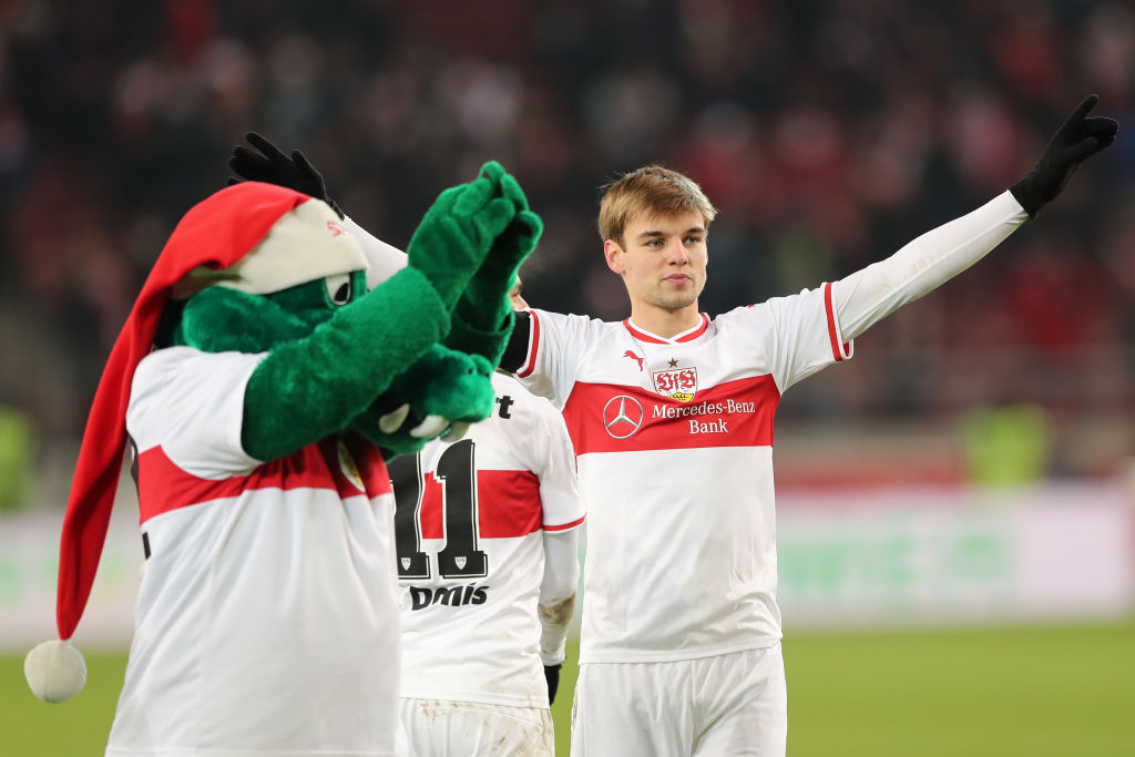 STUTTGART, GERMANY - DECEMBER 15:  Borna Sosa of VfB Stuttgart celebrates following his sides victory in the Bundesliga match between VfB Stuttgart and Hertha BSC at Mercedes-Benz Arena on December 15, 2018 in Stuttgart, Germany.  (Photo by Christian Kaspar-Bartke/Bongarts/Getty Images)