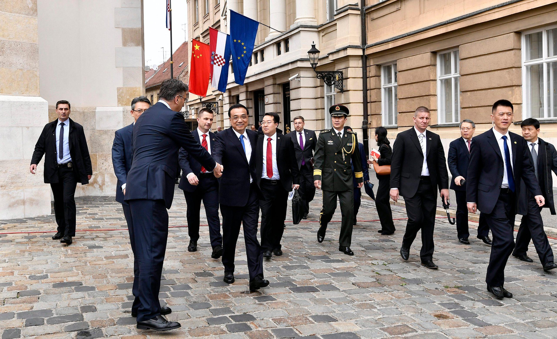 Kineska delegacija na Markovom trgu u Zagrebu