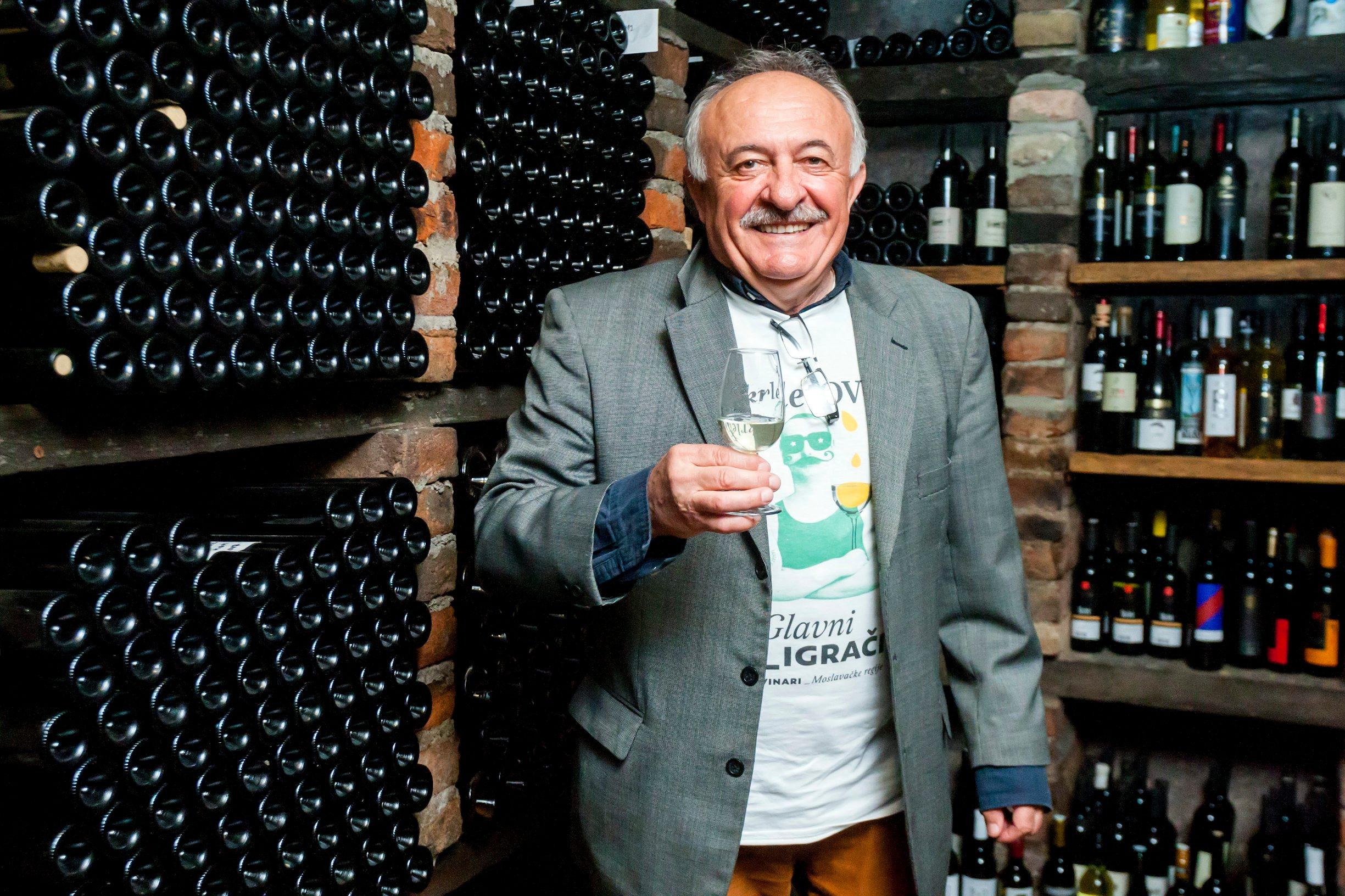 Graberje Ivanicko, 040419. Seosko imanje Kezele. Izbor najboljeg proizvodjaca vina sorte skrlet medju osam moslavackih vinara.  Na fotografiji: Drago Kezele. Foto: Tomislav Kristo / CROPIX