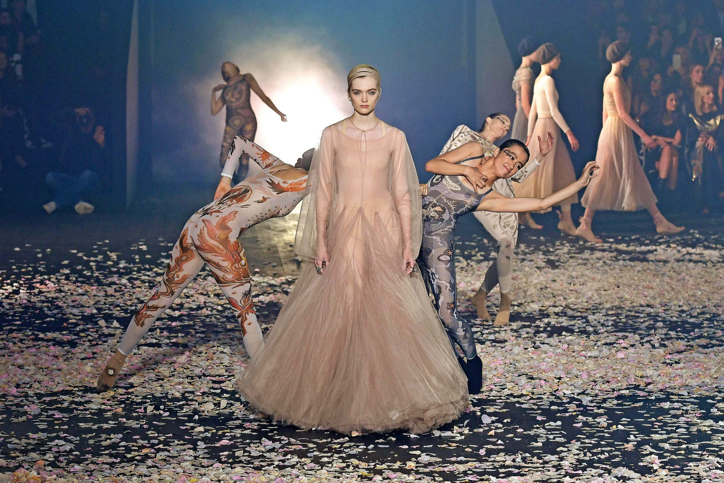 A model walks the runway during the Christian Dior show as part of the Paris Fashion Week Womenswear Spring/Summer 2019 on September 24, 2018 in Paris, France., Image: 388198999, License: Rights-managed, Restrictions: , Model Release: no, Credit line: Profimedia, Abaca Press
